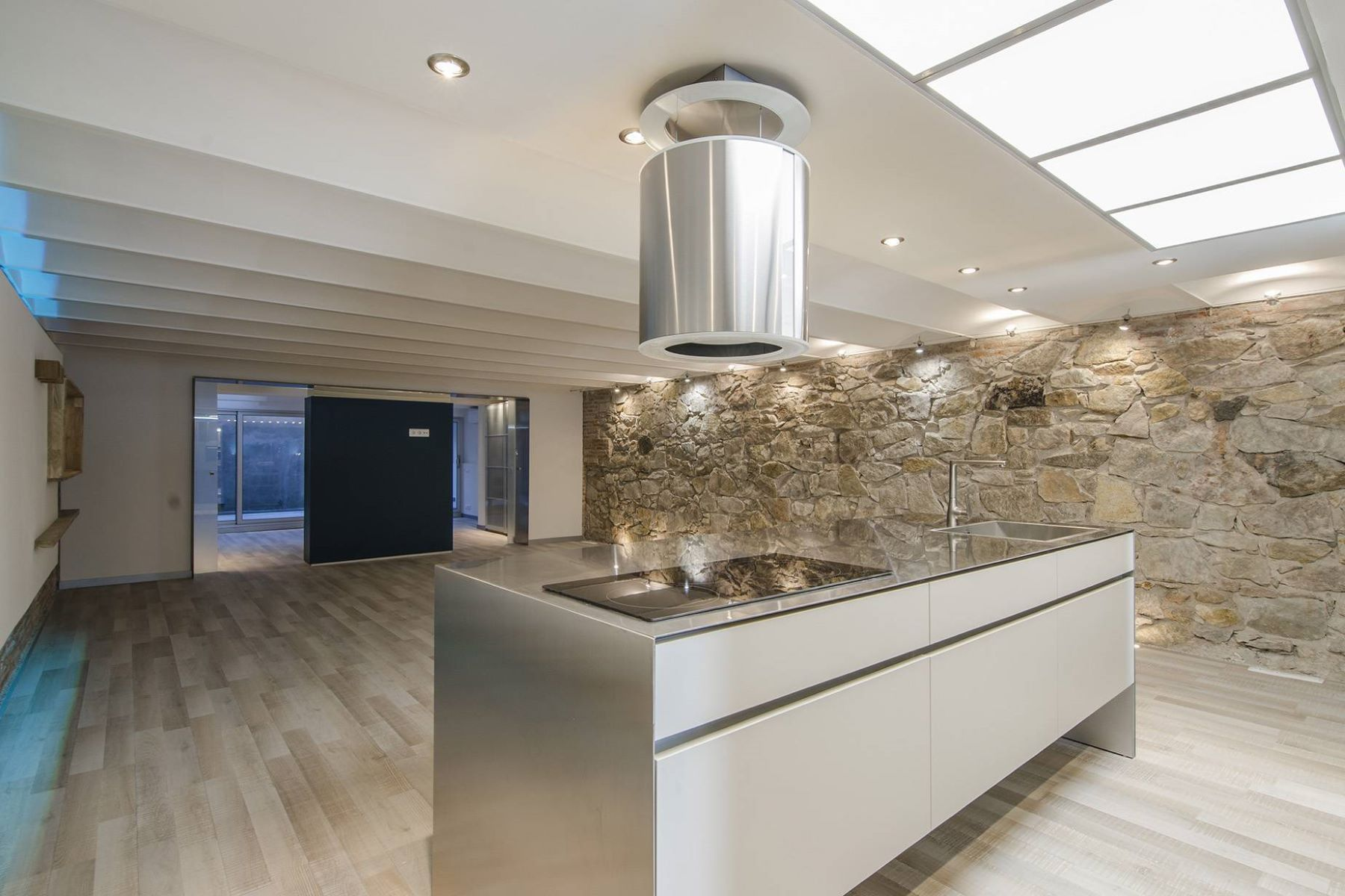 公寓 為 出售 在 Brand new apartment with terrace in Eixample Dret, Barcelona Barcelona City, Barcelona, 08007 西班牙