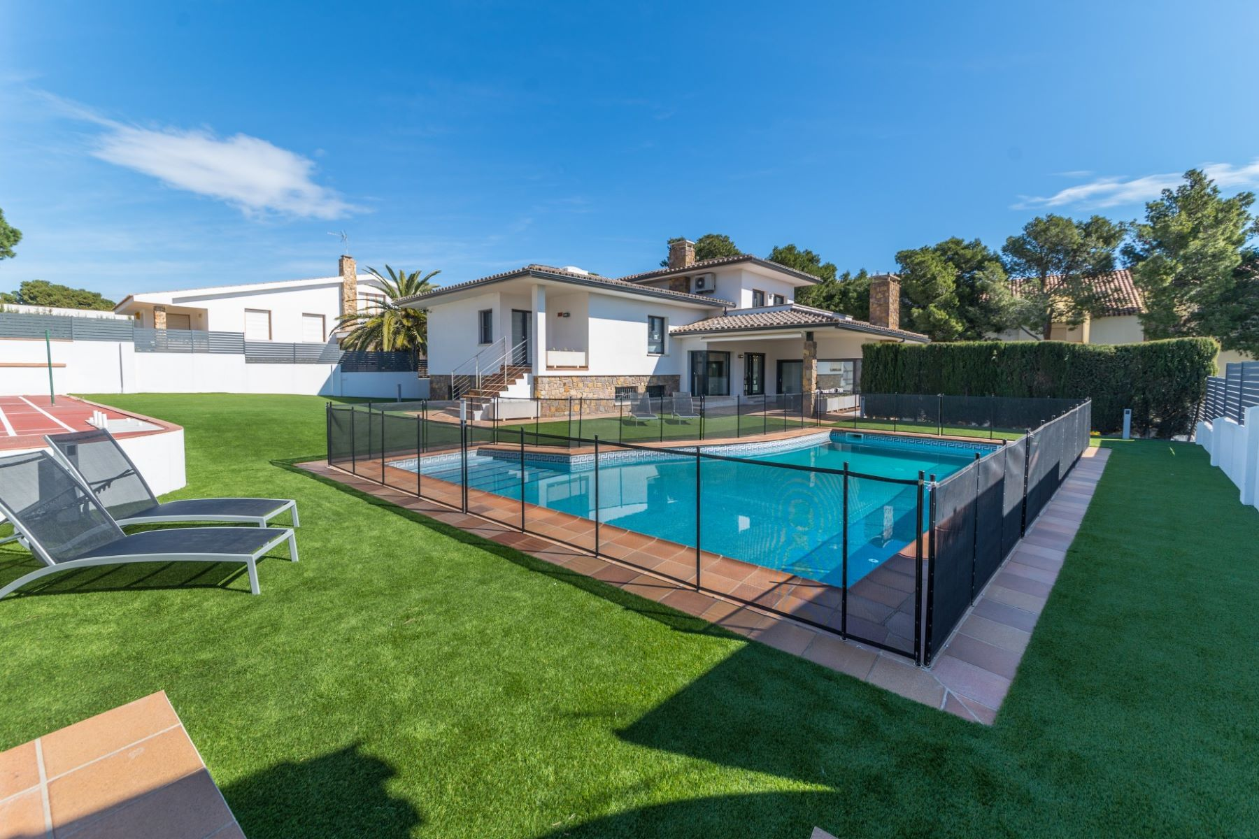 Single Family Home for Sale at Modern villa close to the beach and the town centre of L'Escala L Escala, Costa Brava, 17130 Spain