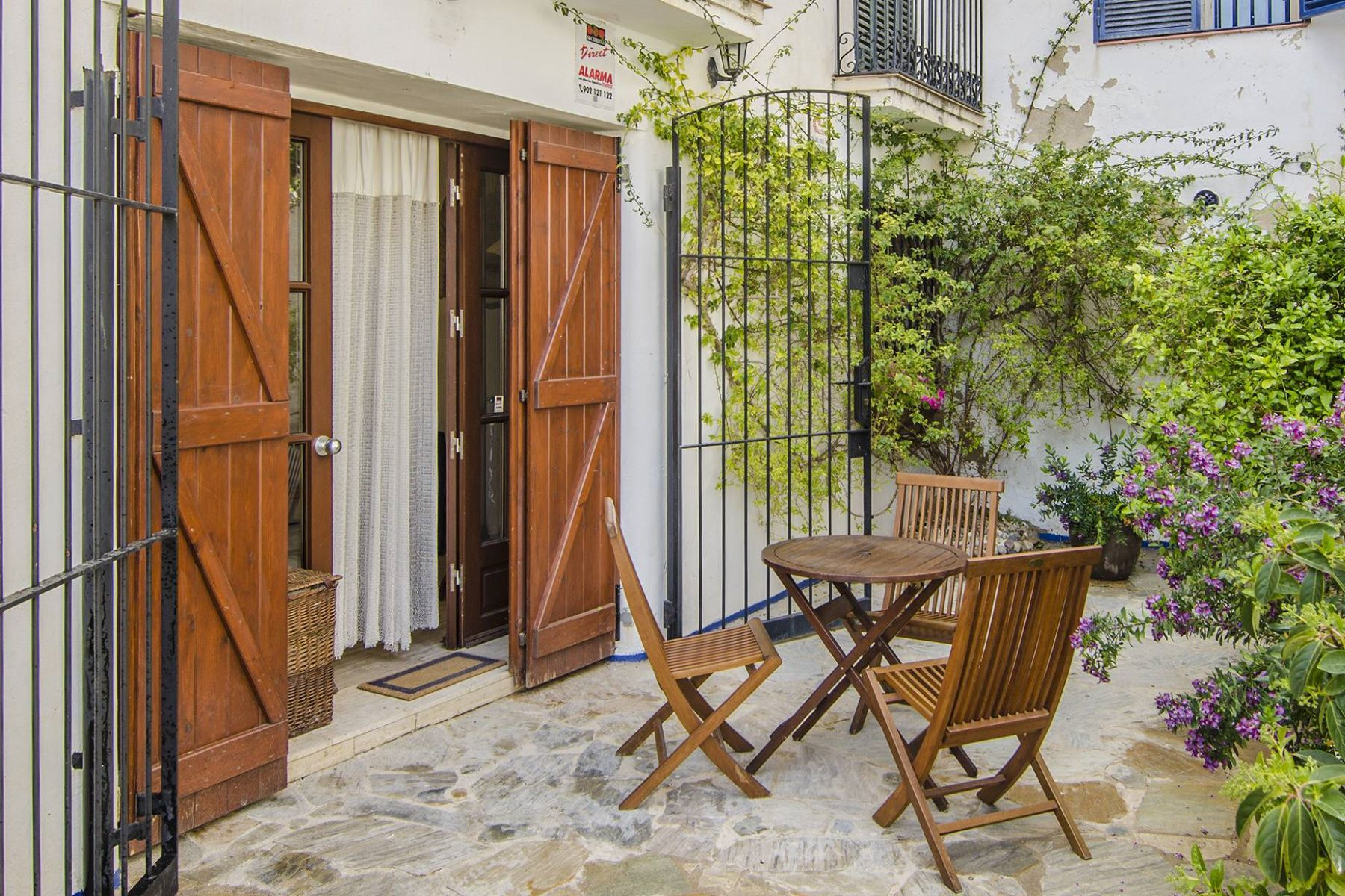 Appartement pour l Vente à Apartment within walking distance to the beach in Sitges Sitges, Barcelona, 08870 Espagne