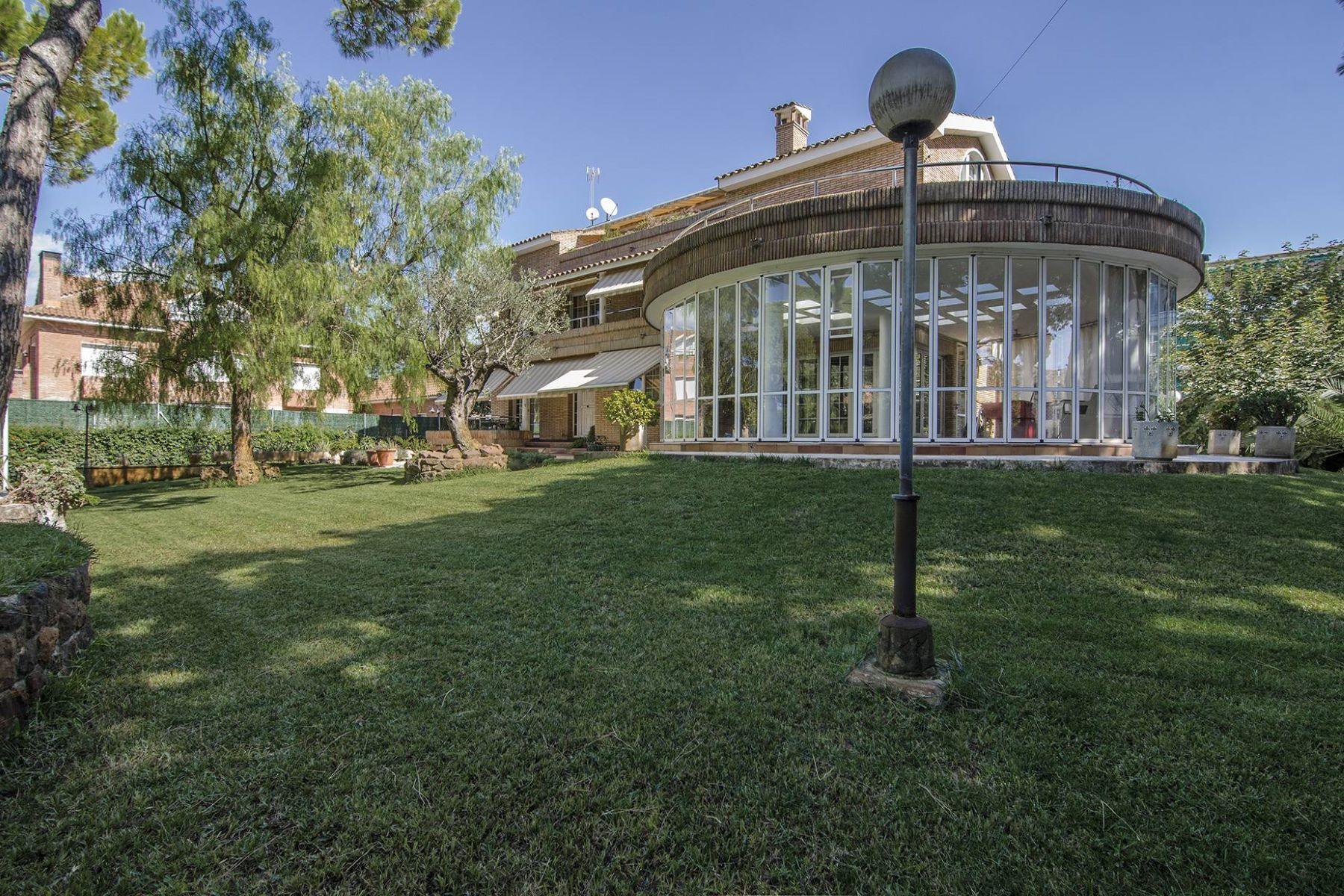 獨棟家庭住宅 為 出售 在 Spectacular Property Few Meters From the Sea in Castelldefels Castelldefels, Barcelona, 08866 西班牙