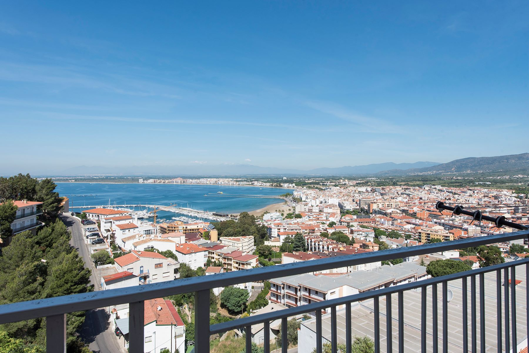 Apartment for Sale at Apartment sea views in Roses Roses, Costa Brava, 17480 Spain