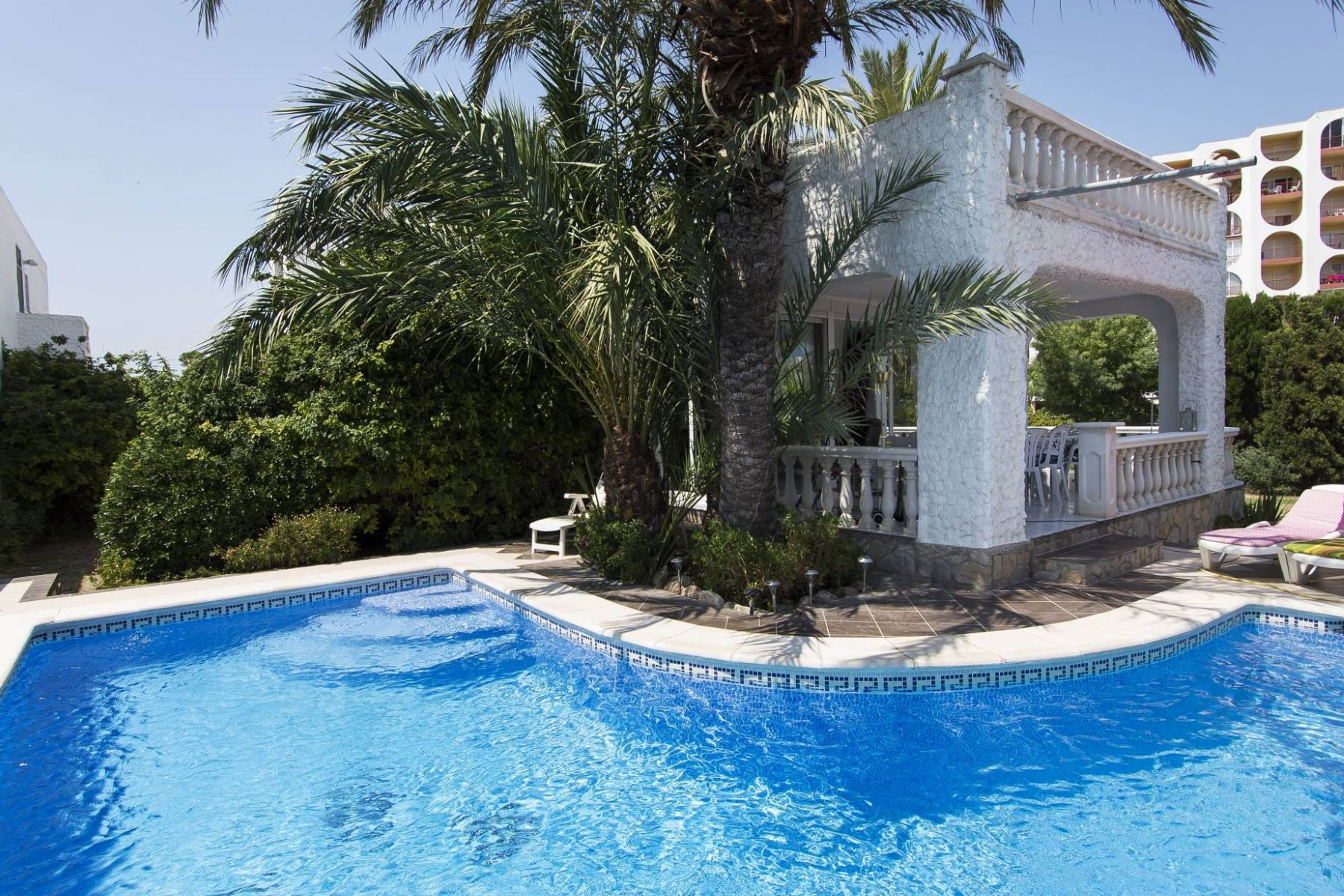Single Family Home for Sale at House in central toplocation in Empuriabrava Empuriabrava, Costa Brava, 17487 Spain
