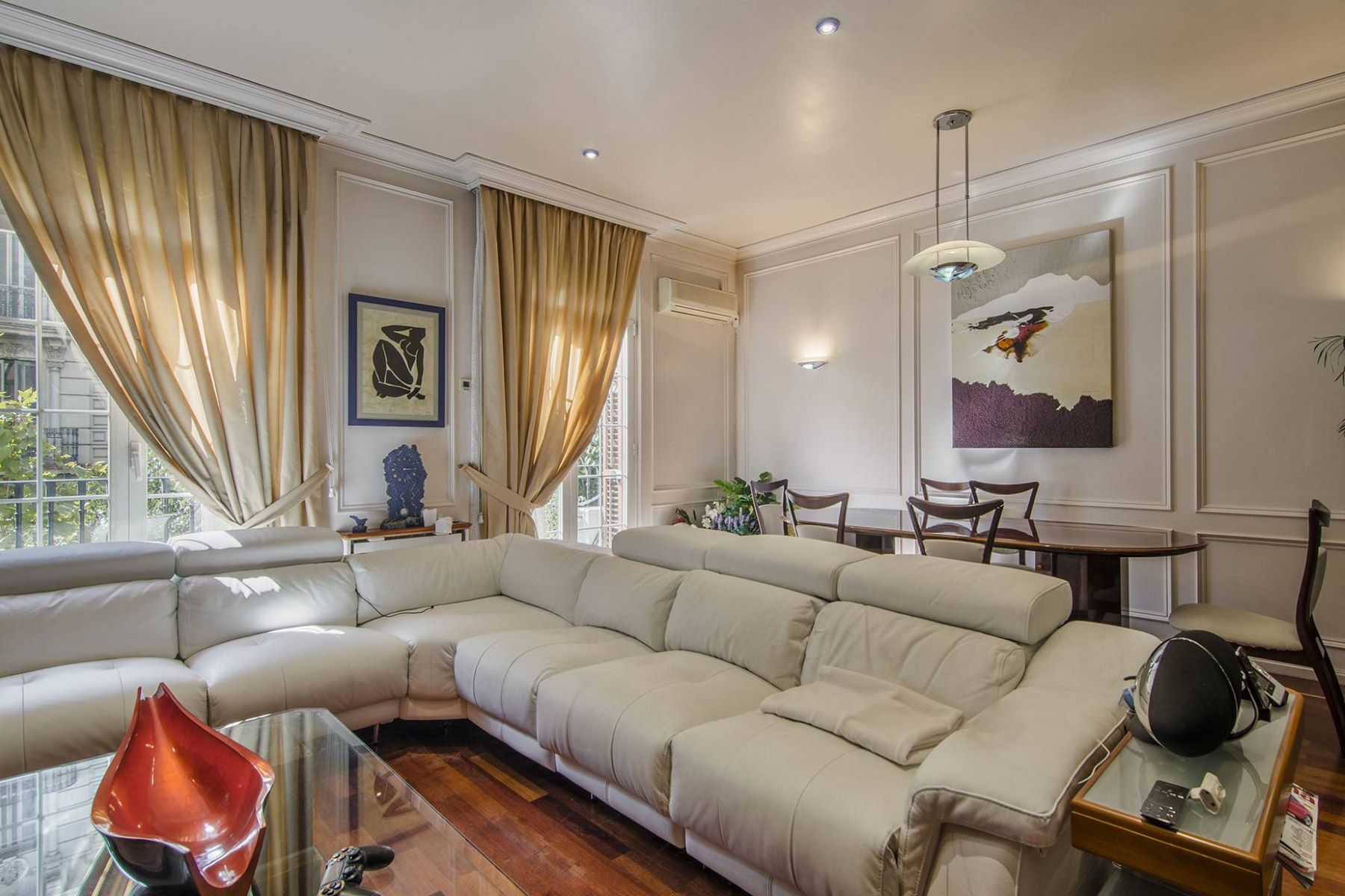 Apartment for Sale at Apartment in the Left Side of Eixample Barcelona City, Barcelona, 08007 Spain
