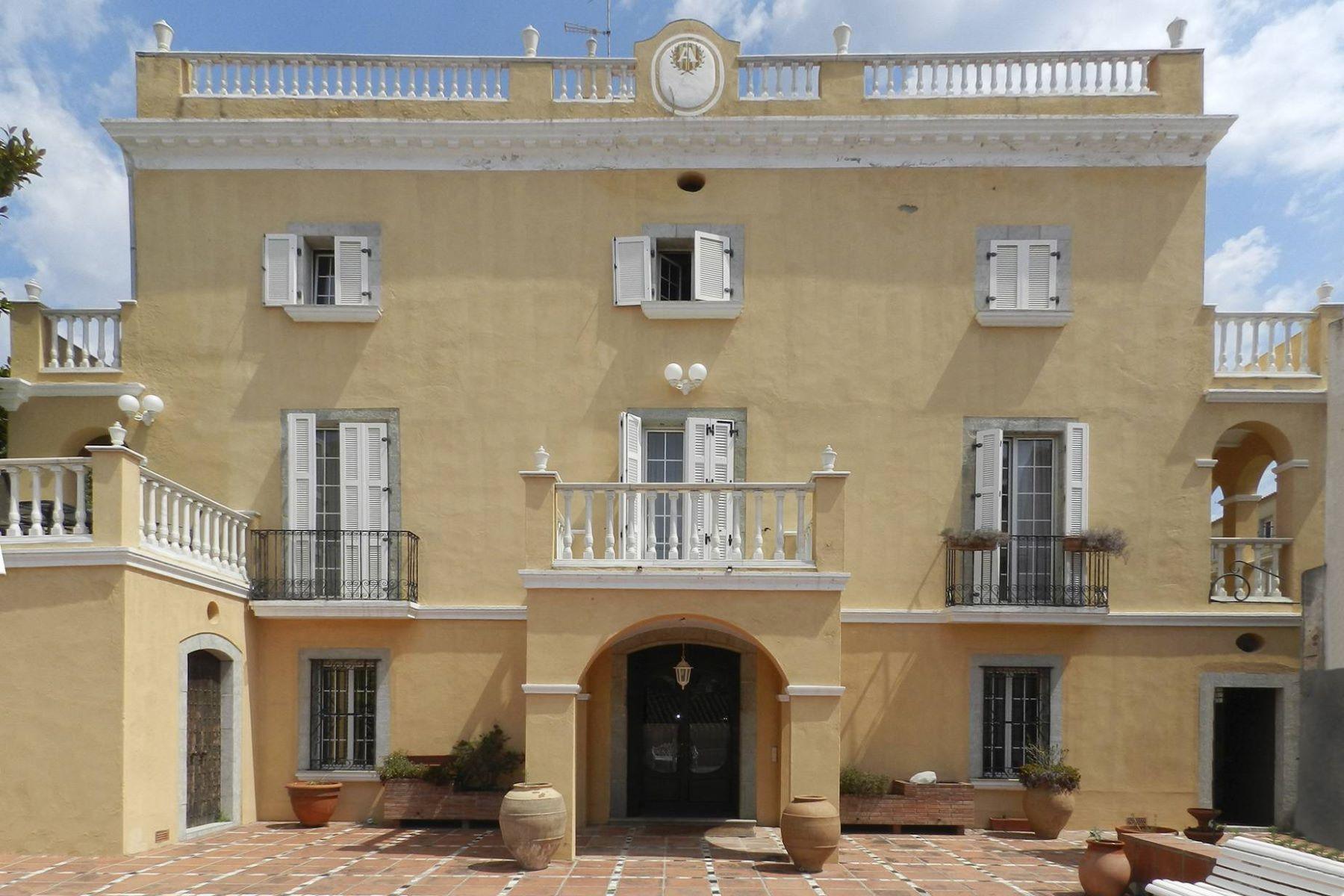 独户住宅 为 销售 在 Large villa in Maresme Teia, 巴塞罗那, 08329 西班牙