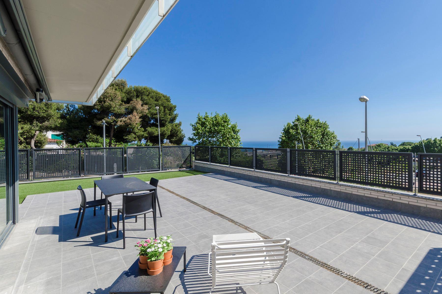 独户住宅 为 销售 在 New promotional offer in Teia with sea view Teia, 巴塞罗那, 08329 西班牙