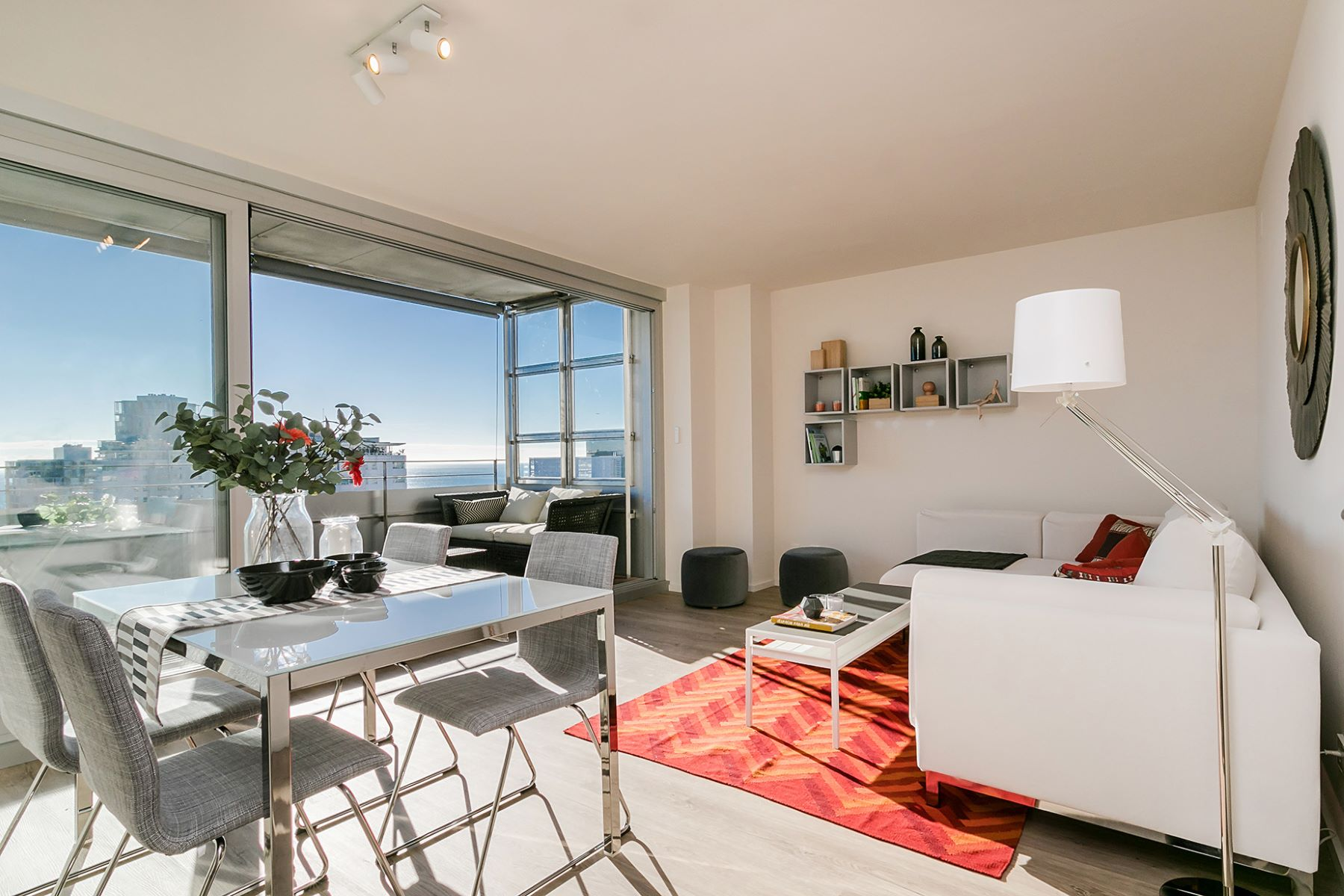 Apartment for Sale at Excellent apartment with sea views Barcelona City, Barcelona, 08019 Spain
