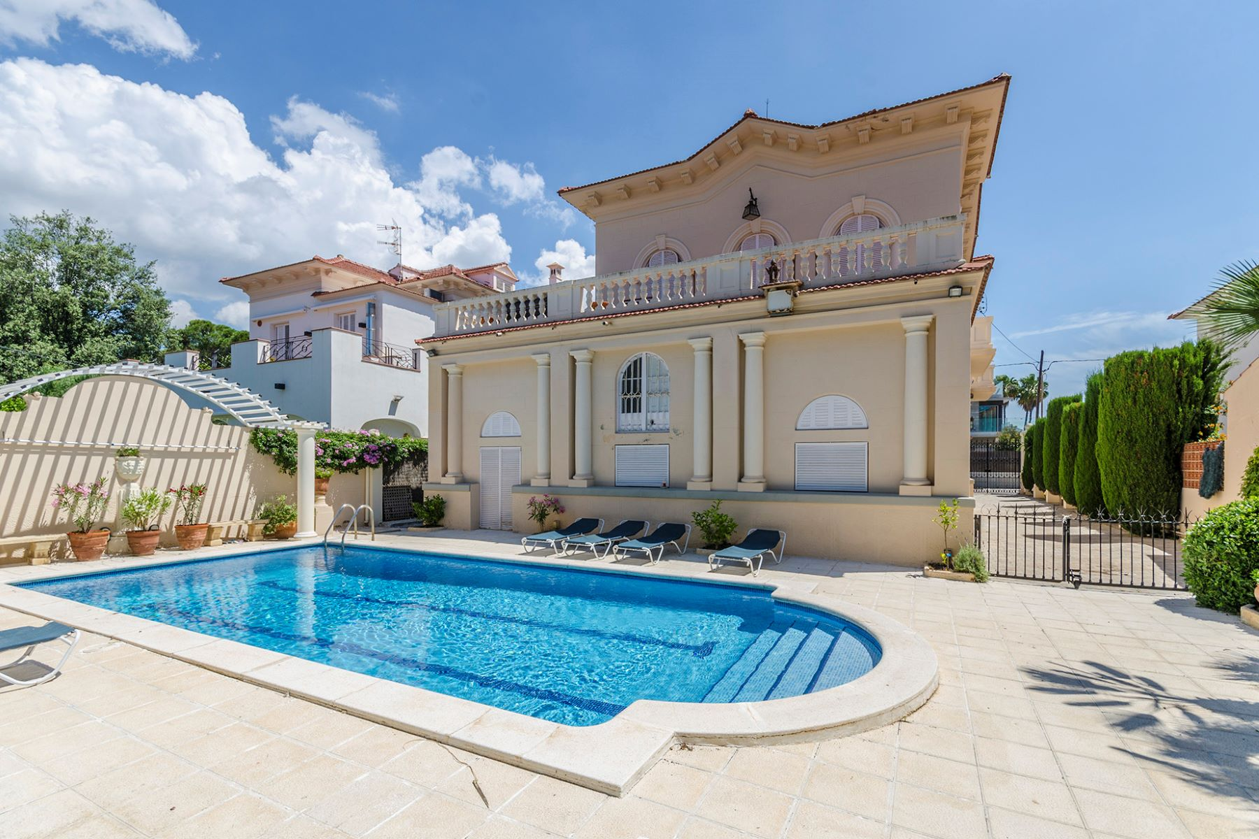 Single Family Homes for Sale at Elegant colonial style villa in Terramar, Sitges just 50 meters from the sea Sitges, Barcelona 08870 Spain