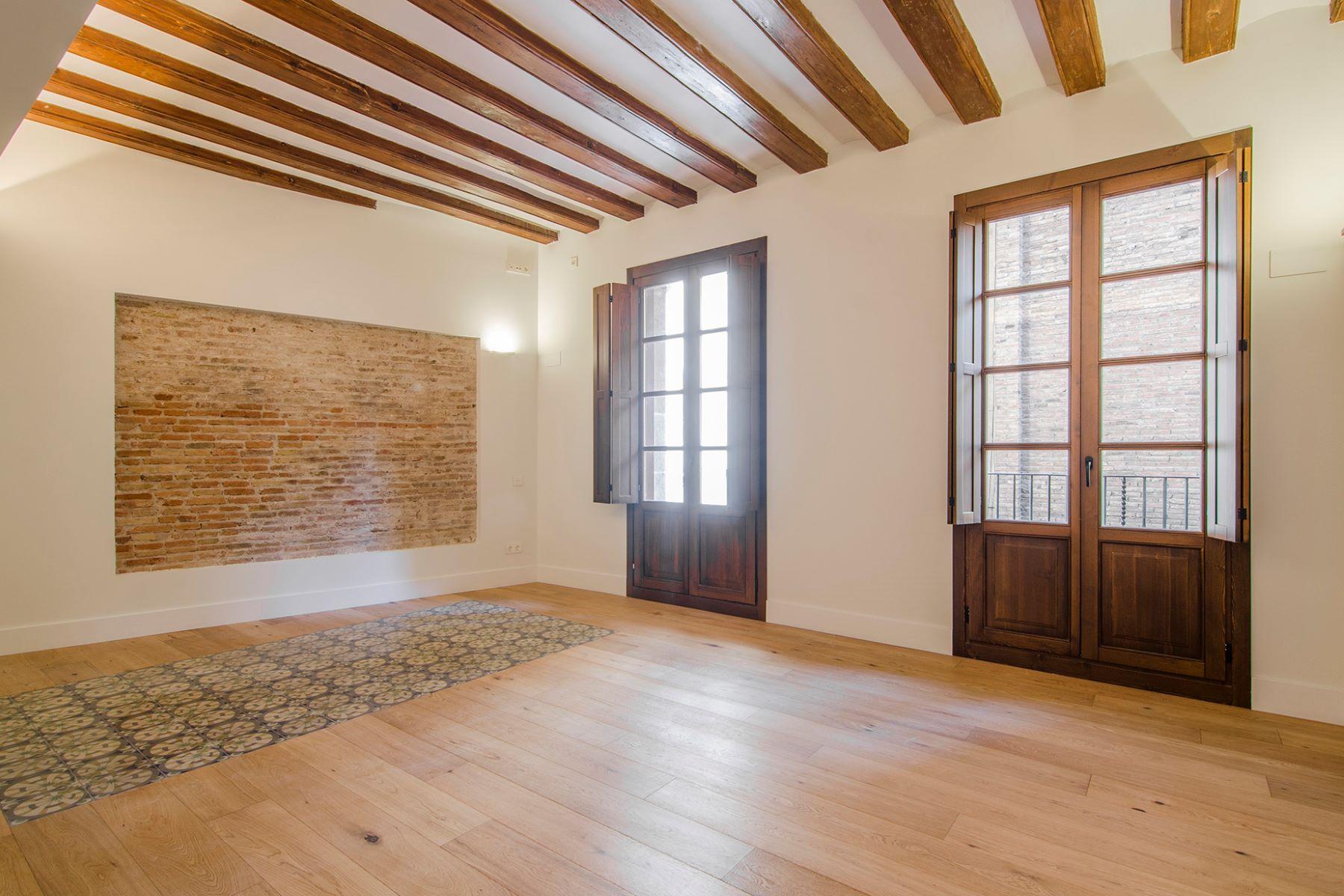 Apartamento por un Venta en Brand New Apartment with an Exclusive Terrace Barcelona City, Barcelona, 08002 España