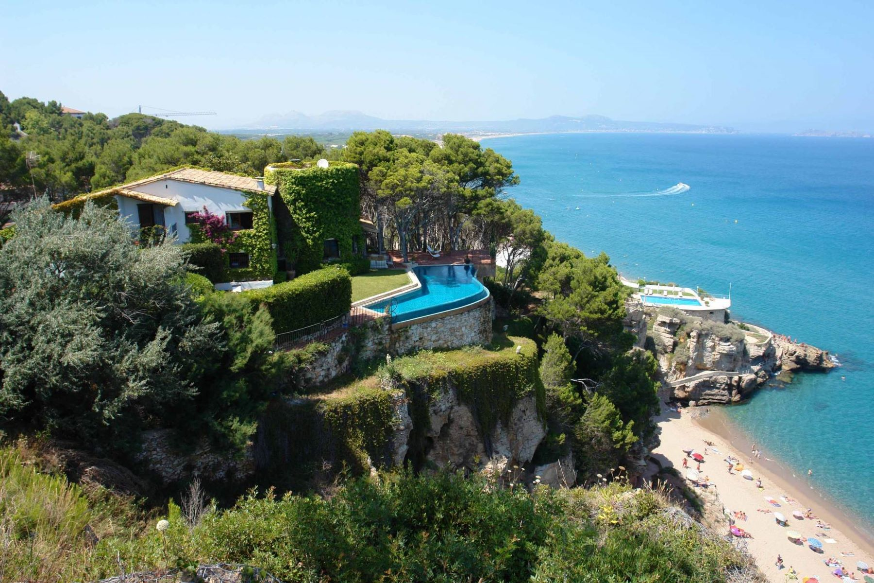 Single Family Home for Sale at A diamond in the rough in Sa Riera, Begur with views Begur, Costa Brava, 17255 Spain
