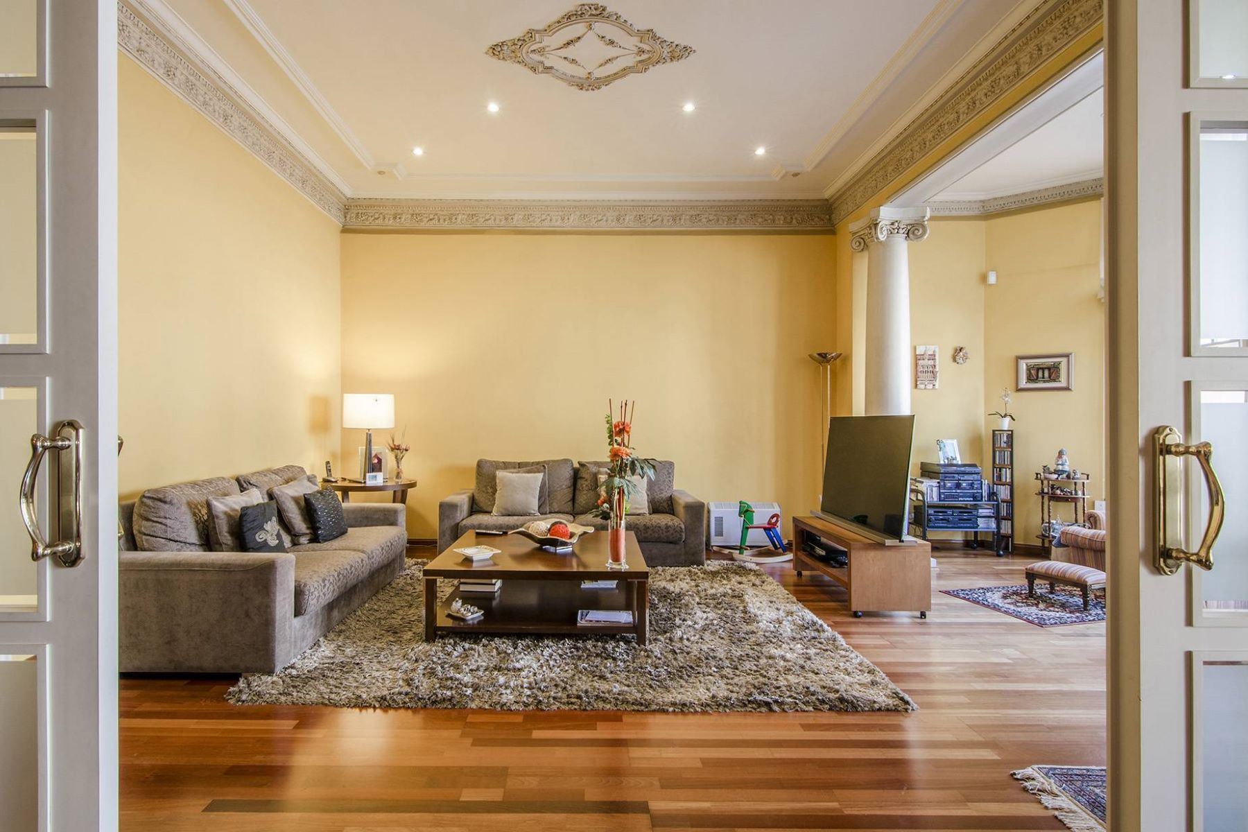Квартира для того Продажа на Classic Apartment of l'Eixample on Provença street Barcelona City, Barcelona, 08007 Испания