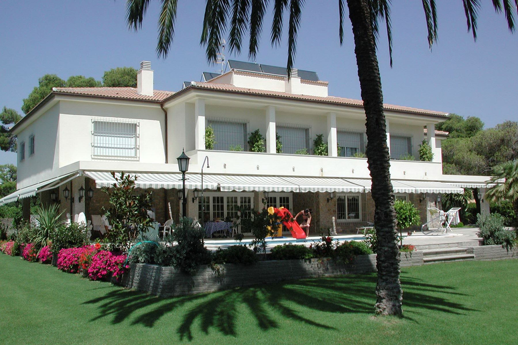 一戸建て のために 売買 アット Spacious Property with a Garden in Sitges at Only a Few Steps from the Beach Sitges, Barcelona, 08870 スペイン