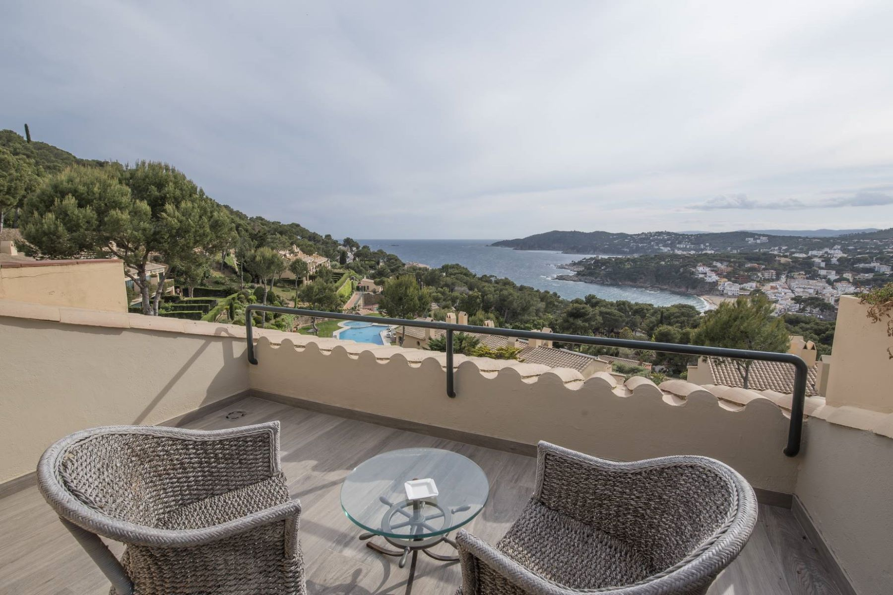 واحد منزل الأسرة للـ Sale في Elegant house semi detached, with pool and beautiful views in llafranc Llafranc, Costa Brava, 17211 Spain