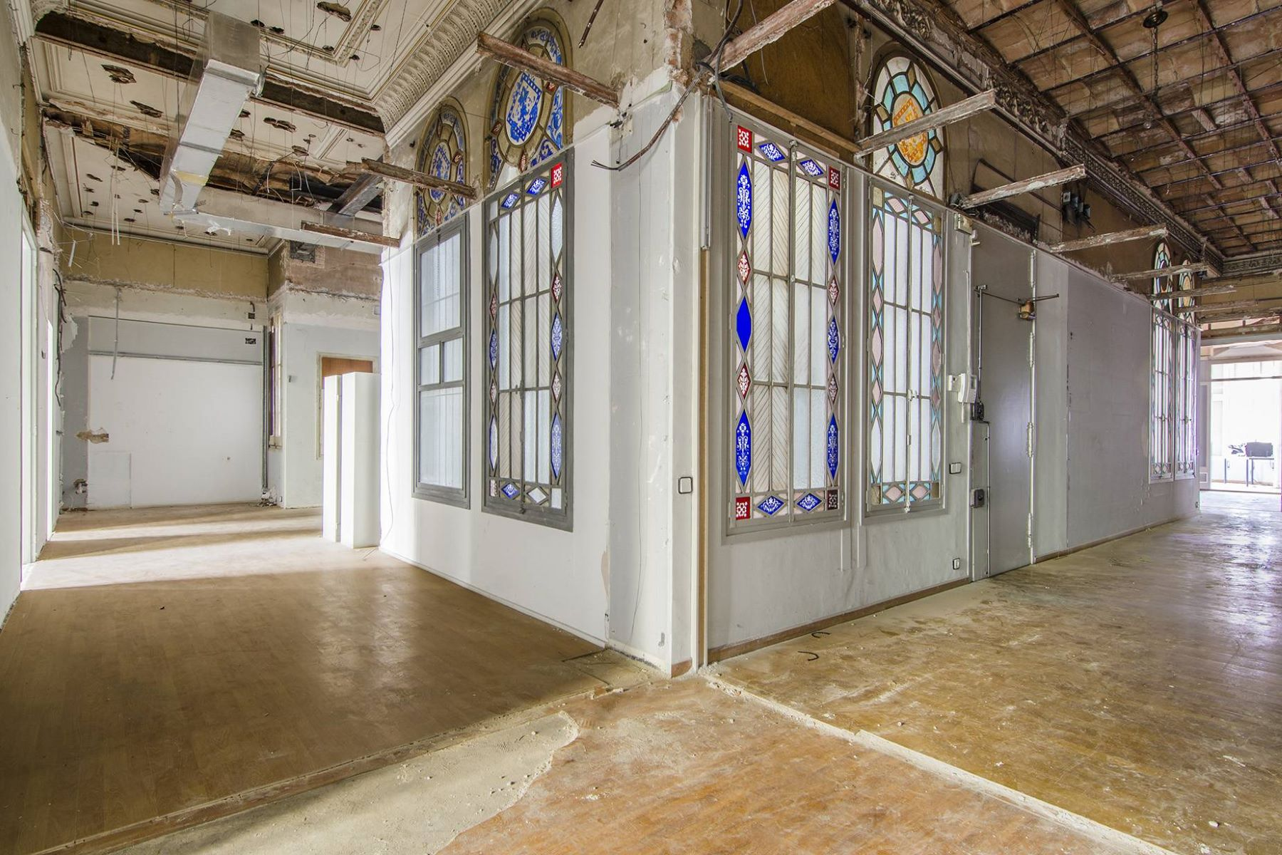 Apartamento por un Venta en Modernist main floor in Right Eixample, Barcelona Barcelona City, Barcelona, 08007 España