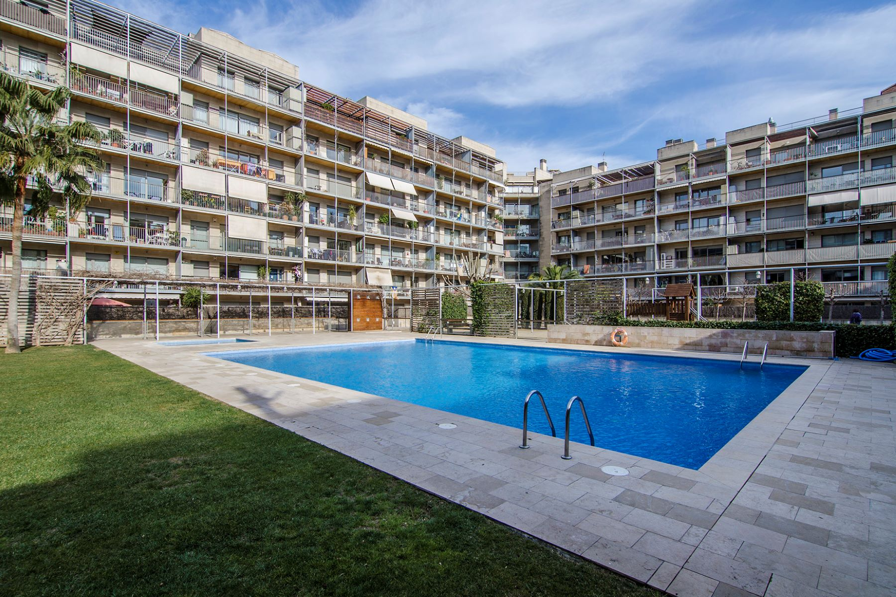 Căn hộ vì Bán tại Apartment for sale just few steps from the beach in Poblenou, Barcelona Barcelona City, Barcelona, 08019 Tây Ban Nha