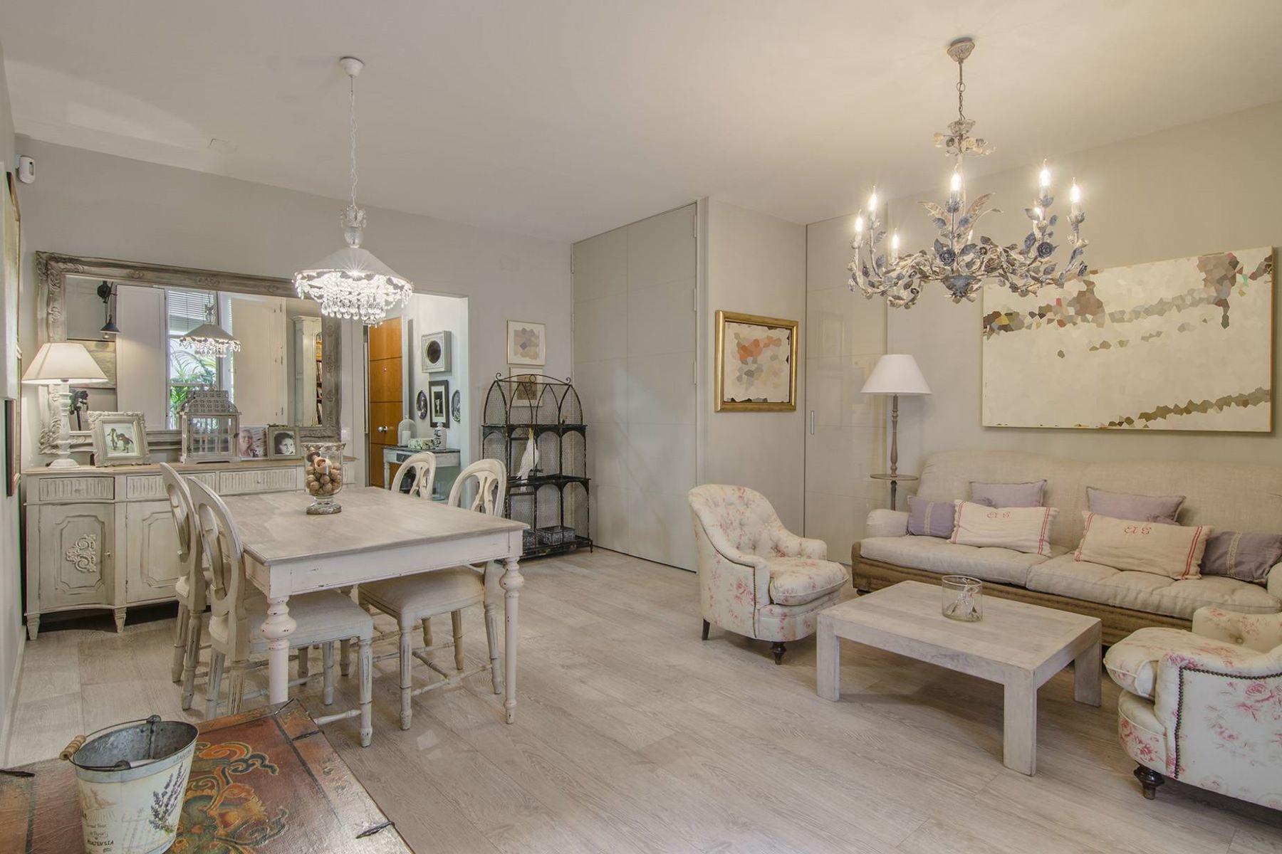 公寓 為 出售 在 Magnificent Recently Refurbished Apartment in Portaferrissa, Gothic Quarter Barcelona City, Barcelona, 08002 西班牙