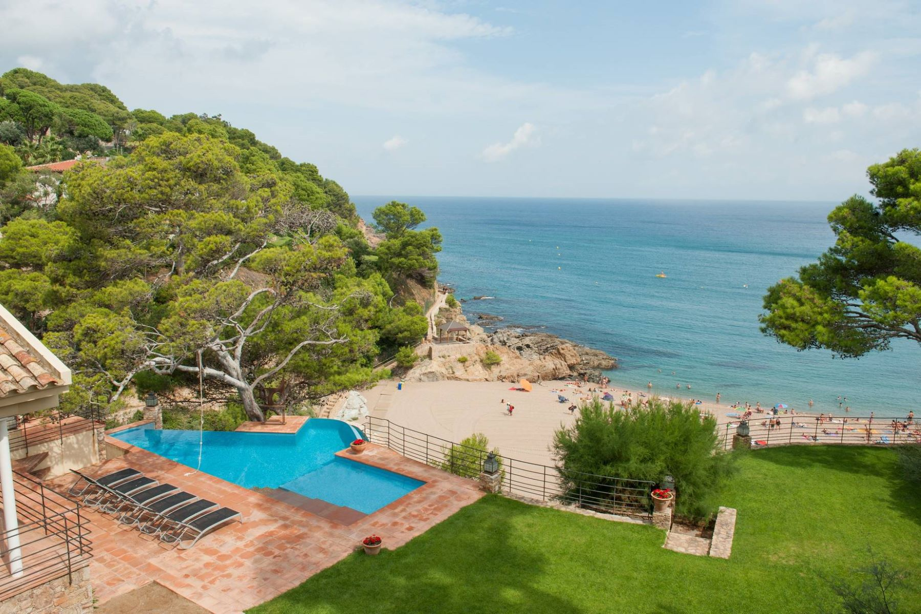Tek Ailelik Ev için Satış at Large luxury property on the seafront Begur, Costa Brava, 17255 Ispanya