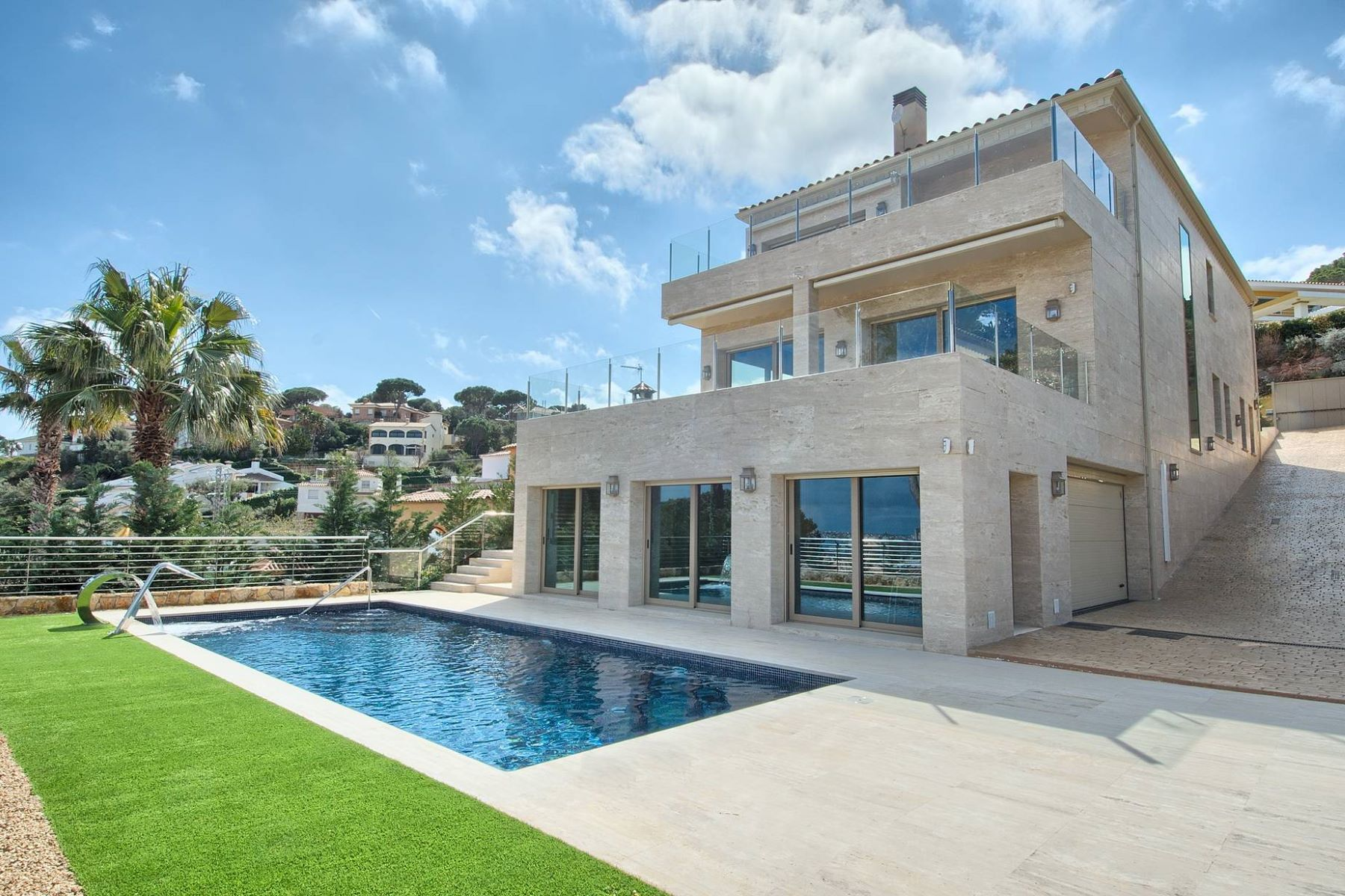 Single Family Homes for Sale at Spacious newly built villa with sea views Other Spain, Other Areas In Spain 17252 Spain