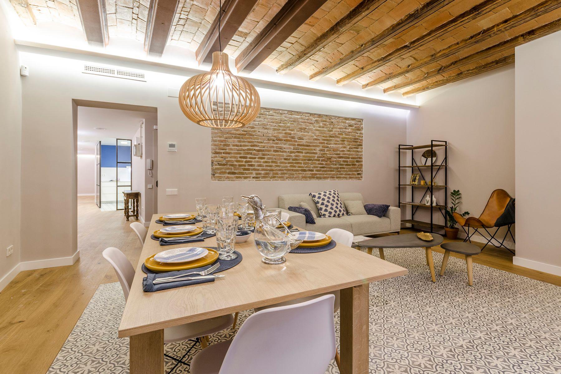 公寓 為 出售 在 Authentic apartment in El Born with 200 meters to Parc Ciutadella Barcelona City, Barcelona, 08002 西班牙
