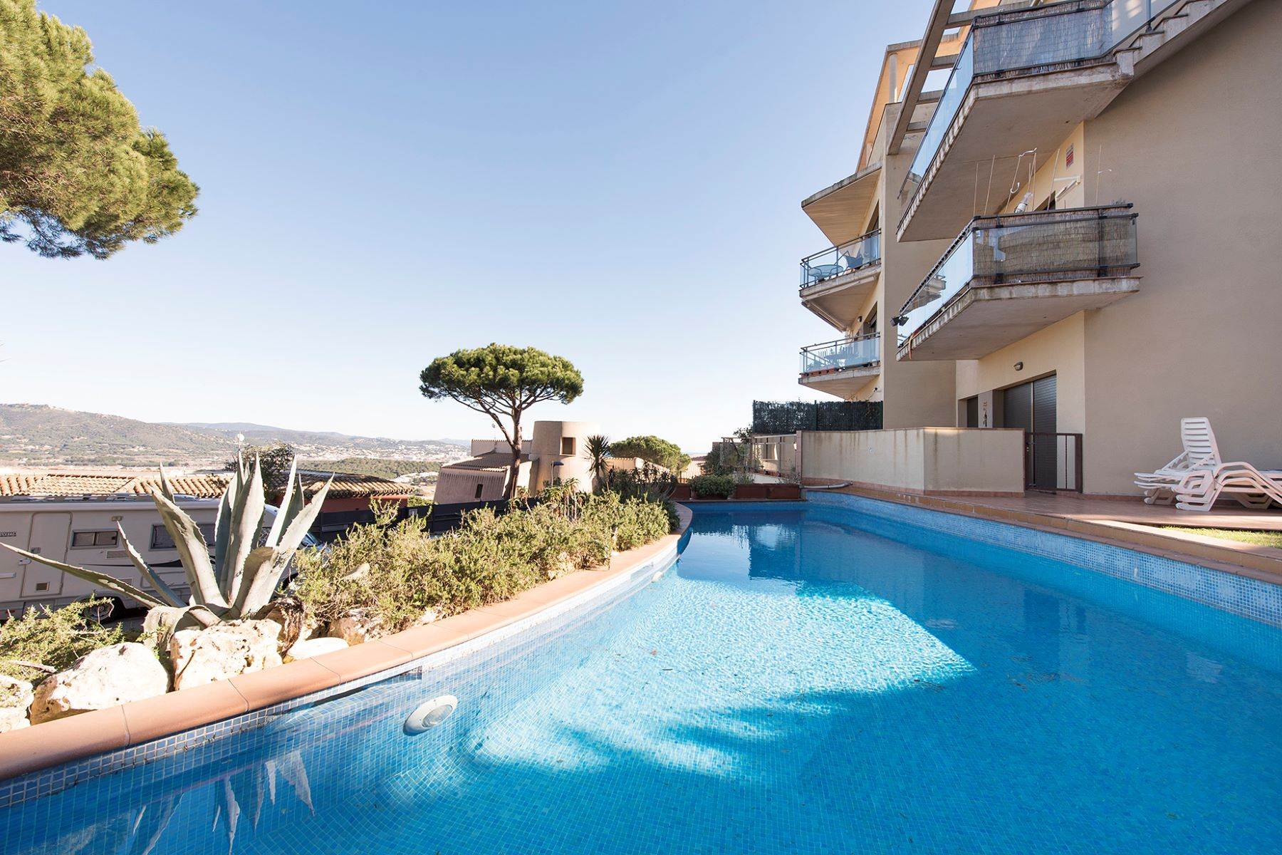 Appartement pour l Vente à Apartment in quiet area Sant Feliu De Guixols, Costa Brava, 17220 Espagne