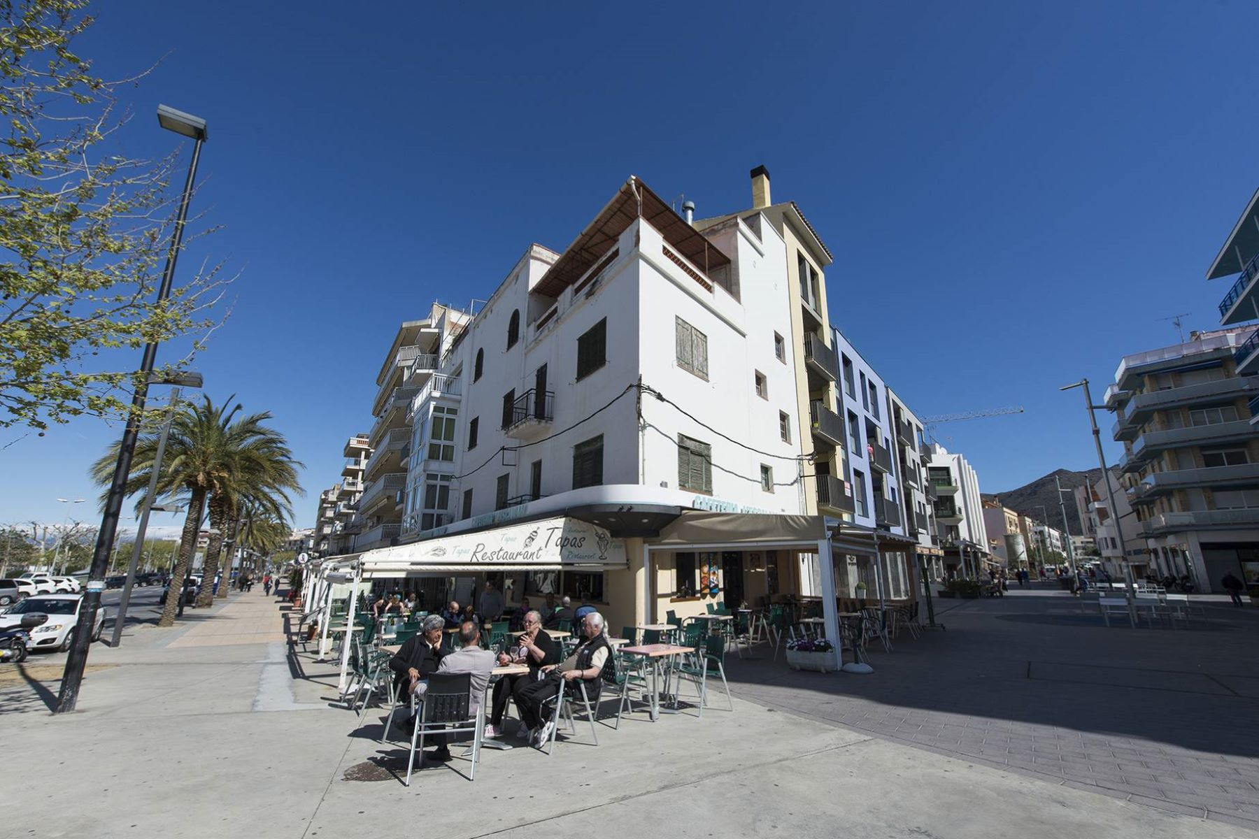 Apartment for Sale at An exceptional building on the beach in Roses Roses, Costa Brava, 17480 Spain