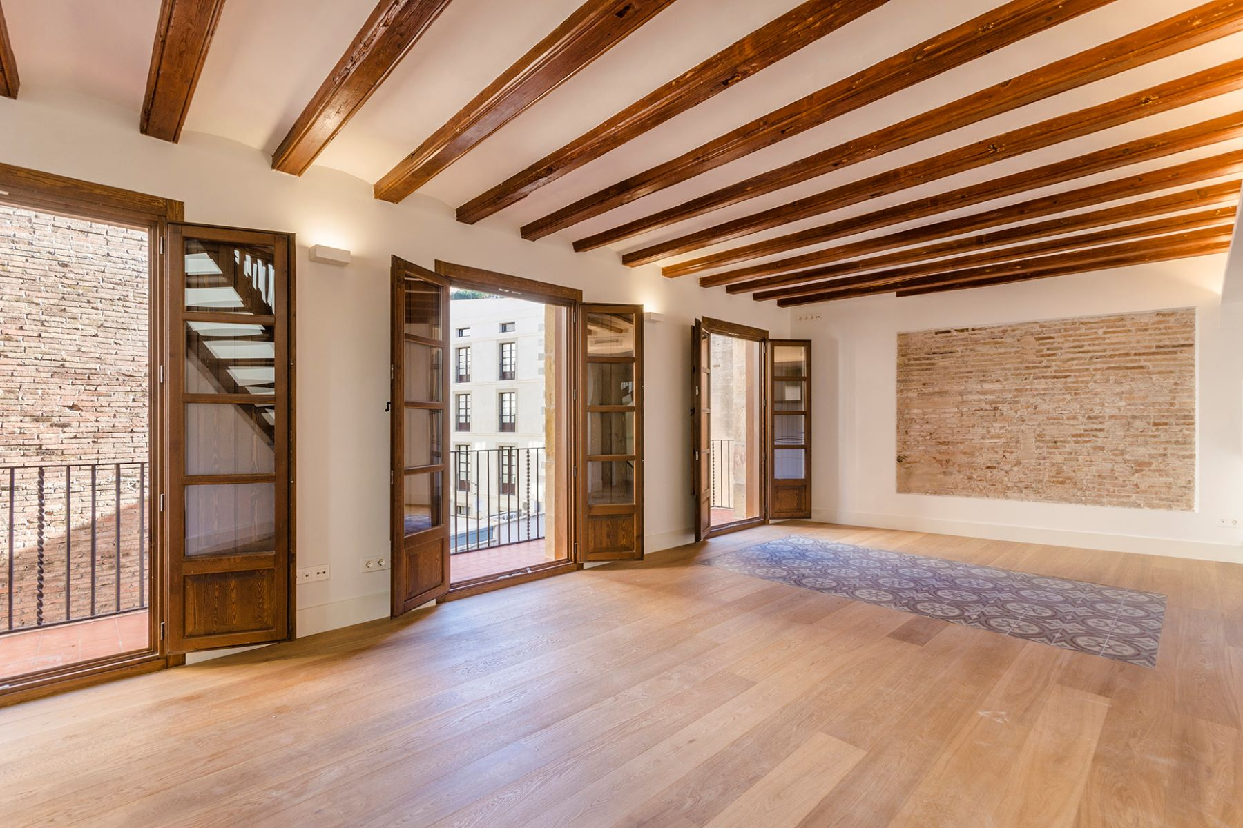 Apartment for Sale at Penthouse Duplex with 3 Bedrooms with exclusive terrace Barcelona City, Barcelona, 08002 Spain