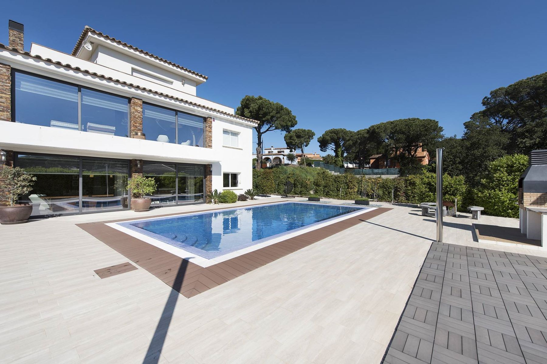 Single Family Home for Sale at Lovely house 5 minutes from the beach Sant Antoni De Calonge, Costa Brava, 17252 Spain