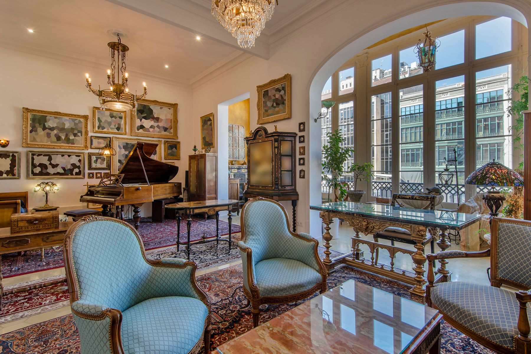 Apartment for Sale at Exquisite Renovated Apartment in a Classic Building in L'Eixample Dret, Barc ... Barcelona City, Barcelona, 08007 Spain