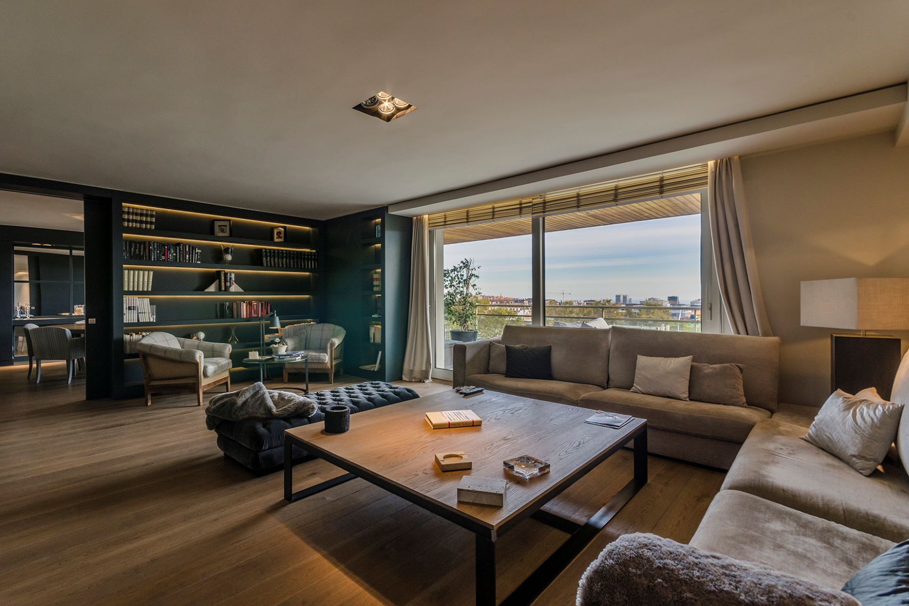 Appartamento per Vendita alle ore Outstanding penthouse with sea views and privacy Barcelona City, Barcellona, 08034 Spagna