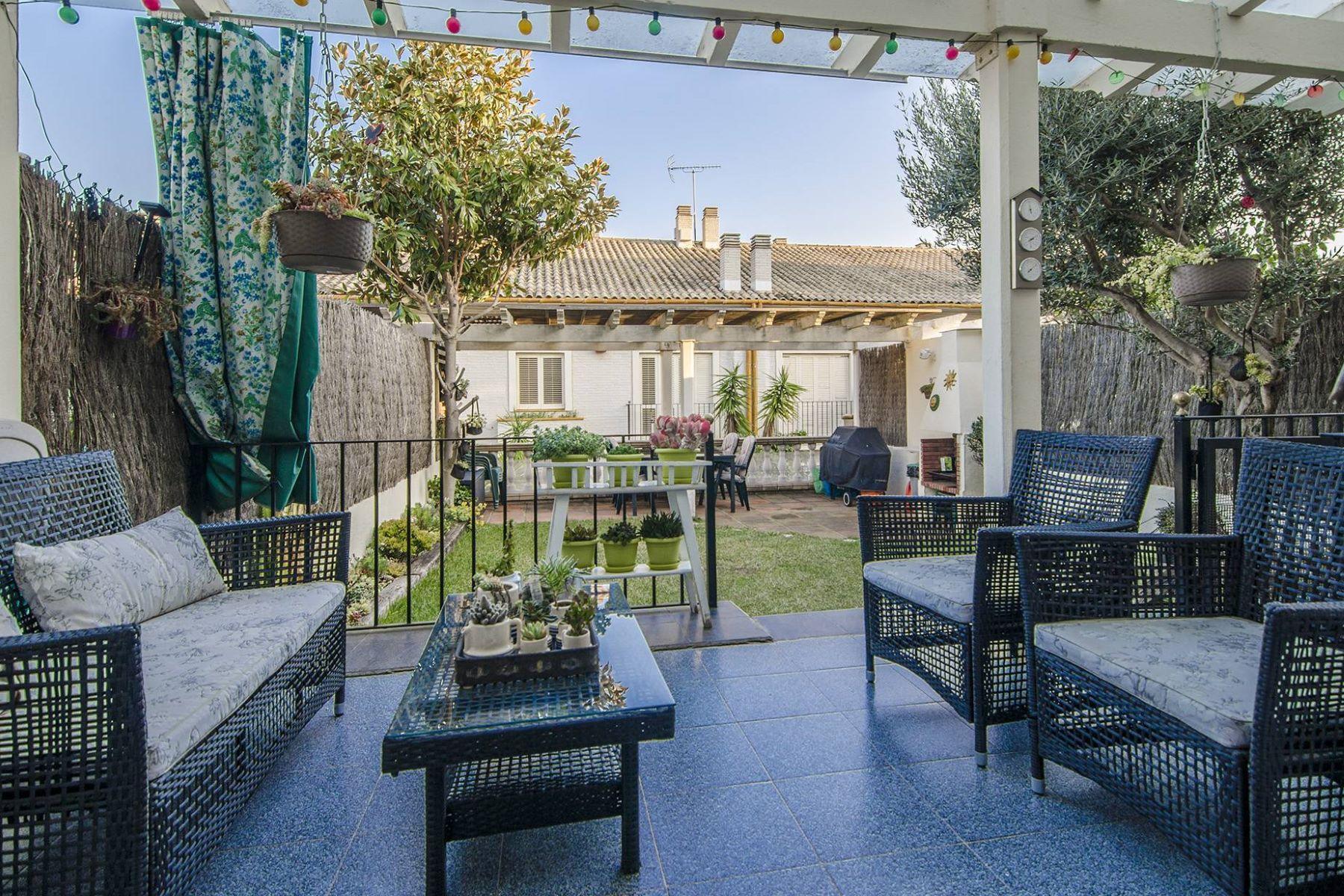 Casa Unifamiliar por un Venta en Semi-Detached House in Premià de Dalt Vilassar De Mar, Barcelona, 08340 España