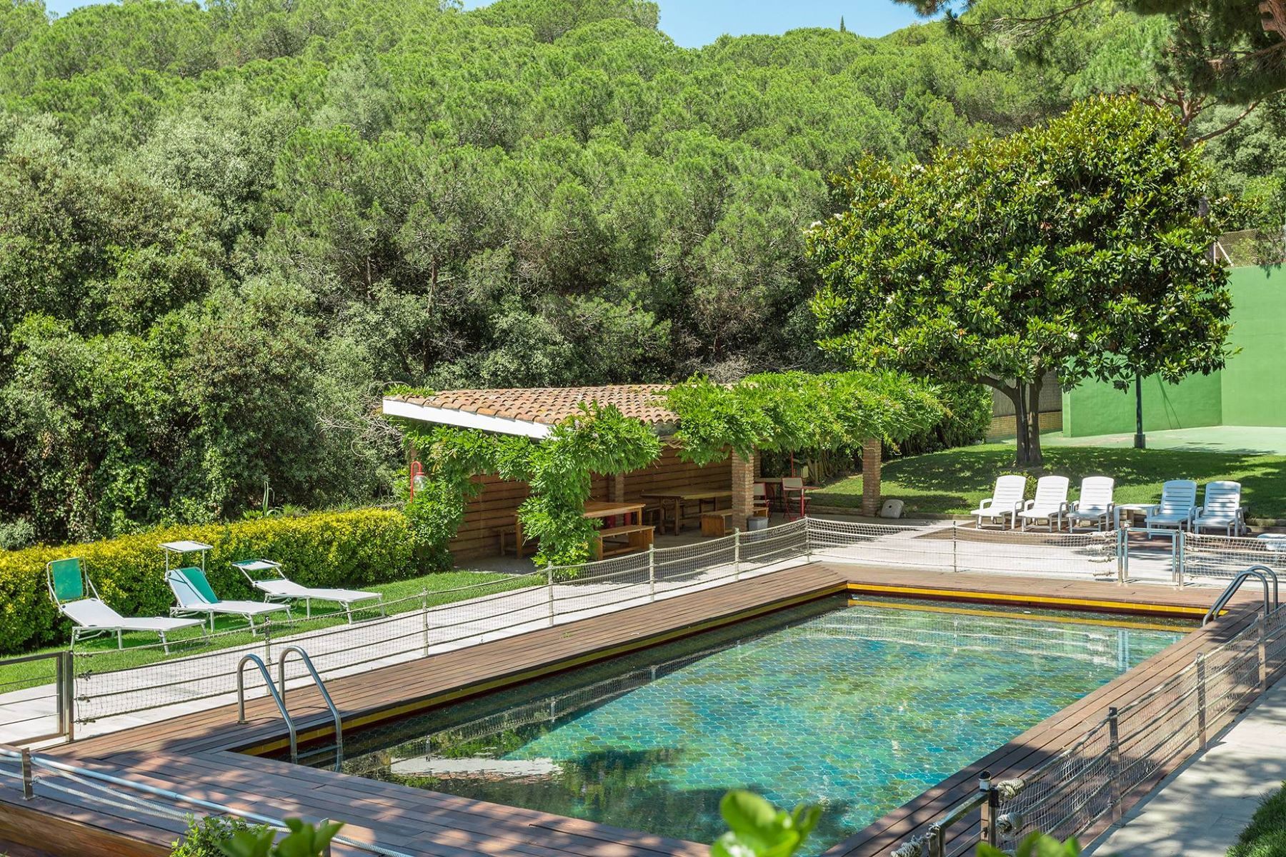 Casa para uma família para Venda às House inspired by Frank Lloyd Wright in Llavaneras Sant Andreu De Llavaneres, Barcelona, 08392 Espanha