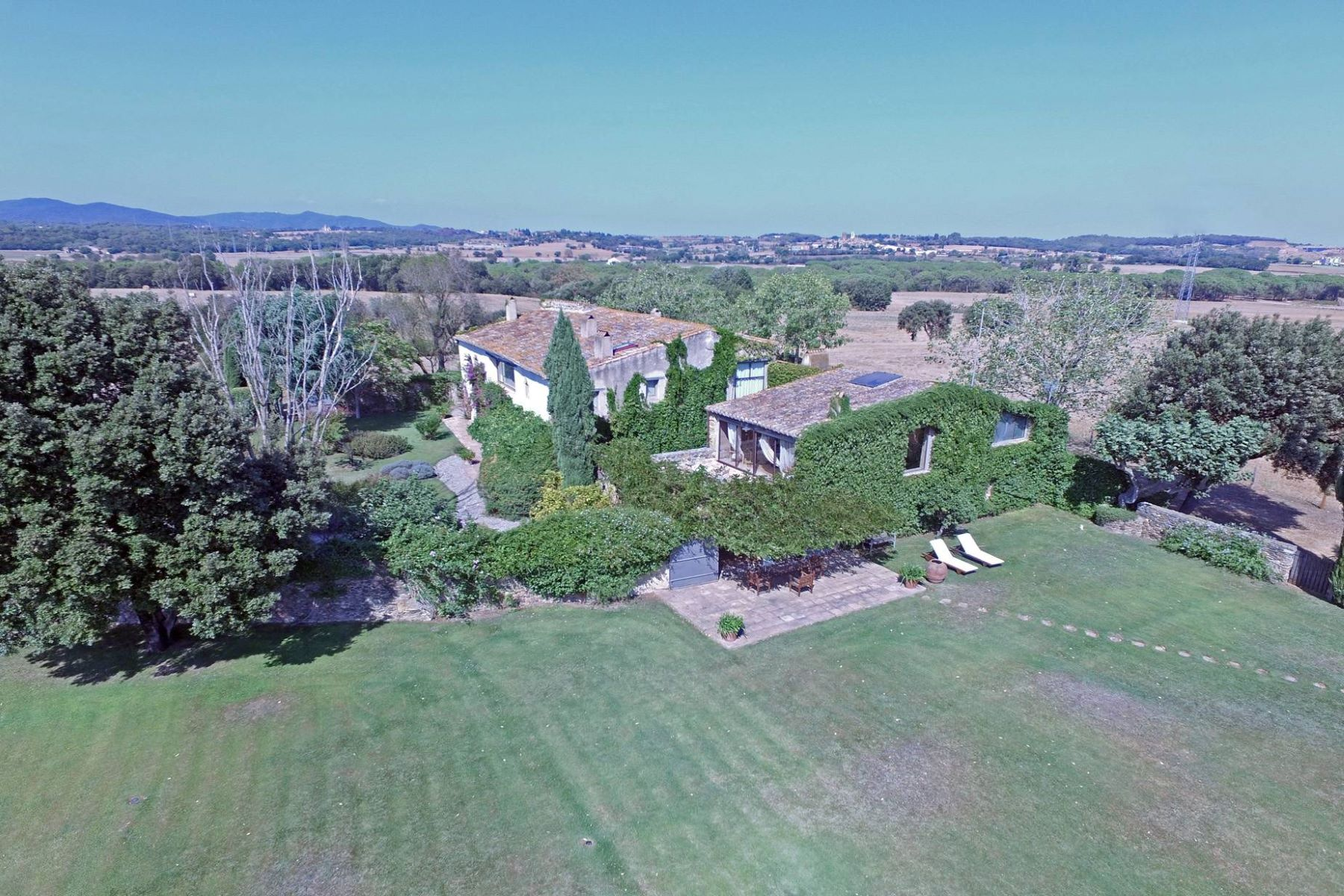 Single Family Home for Sale at Beautiful farmhouse in the heart of the Emporda Other Spain, Other Areas In Spain, 17001 Spain