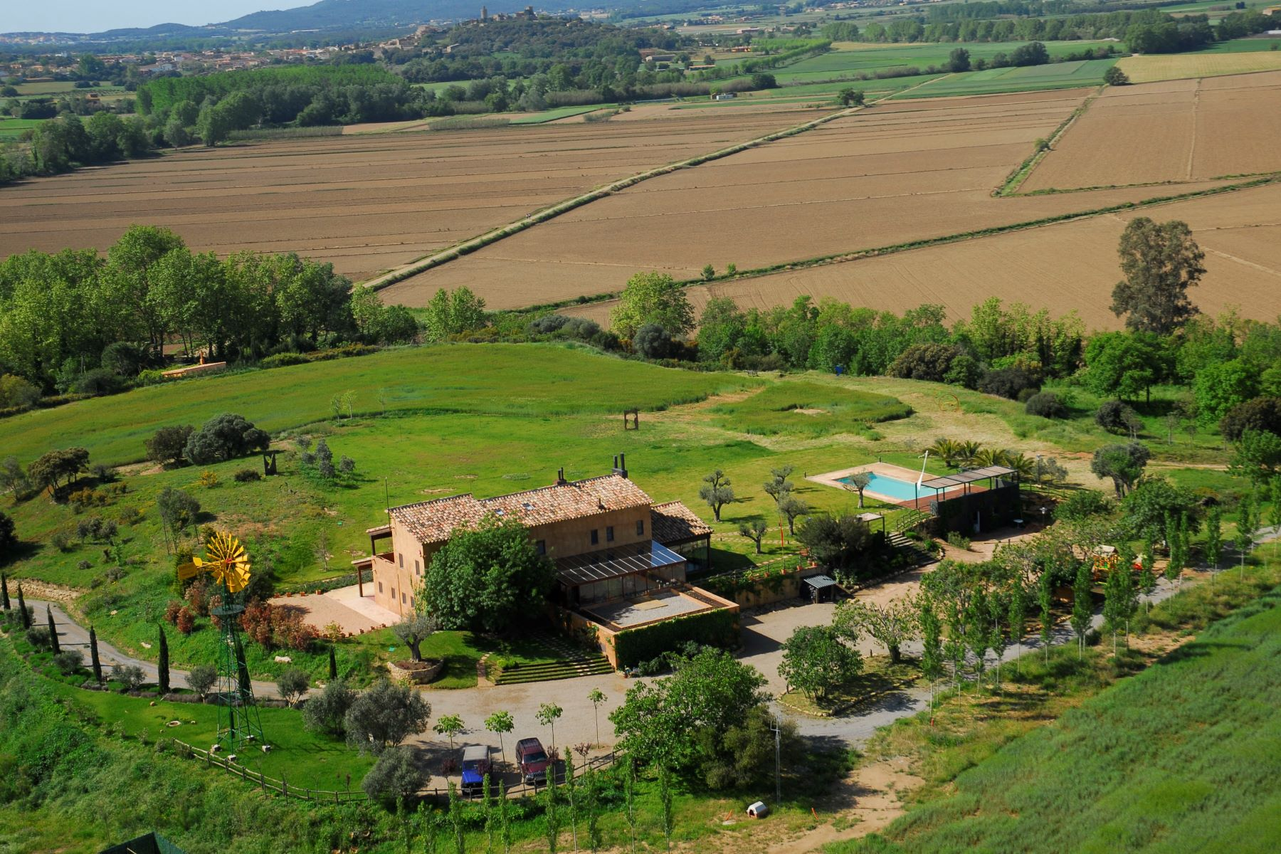 Single Family Home for Sale at Beautiful neo-rural house surrounded by a natural park and two minutes from ... Other Cities Baix Emporda, Barcelona, 17001 Spain