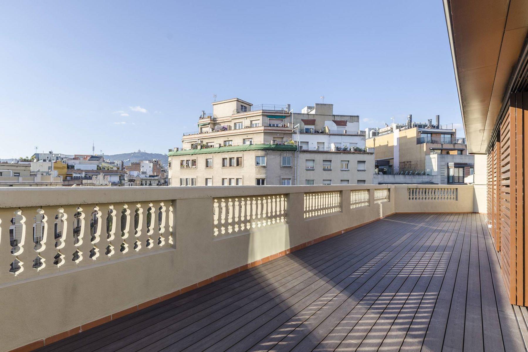 아파트 용 매매 에 New construction penthouse with open views in Eixample Barcelona City, Barcelona, 08007 스페인