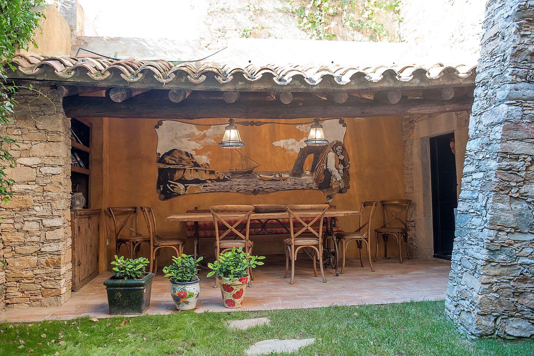 独户住宅 为 销售 在 House in the centre of the village of Begur 贝吉尔, 科斯塔布拉瓦, 17255 西班牙