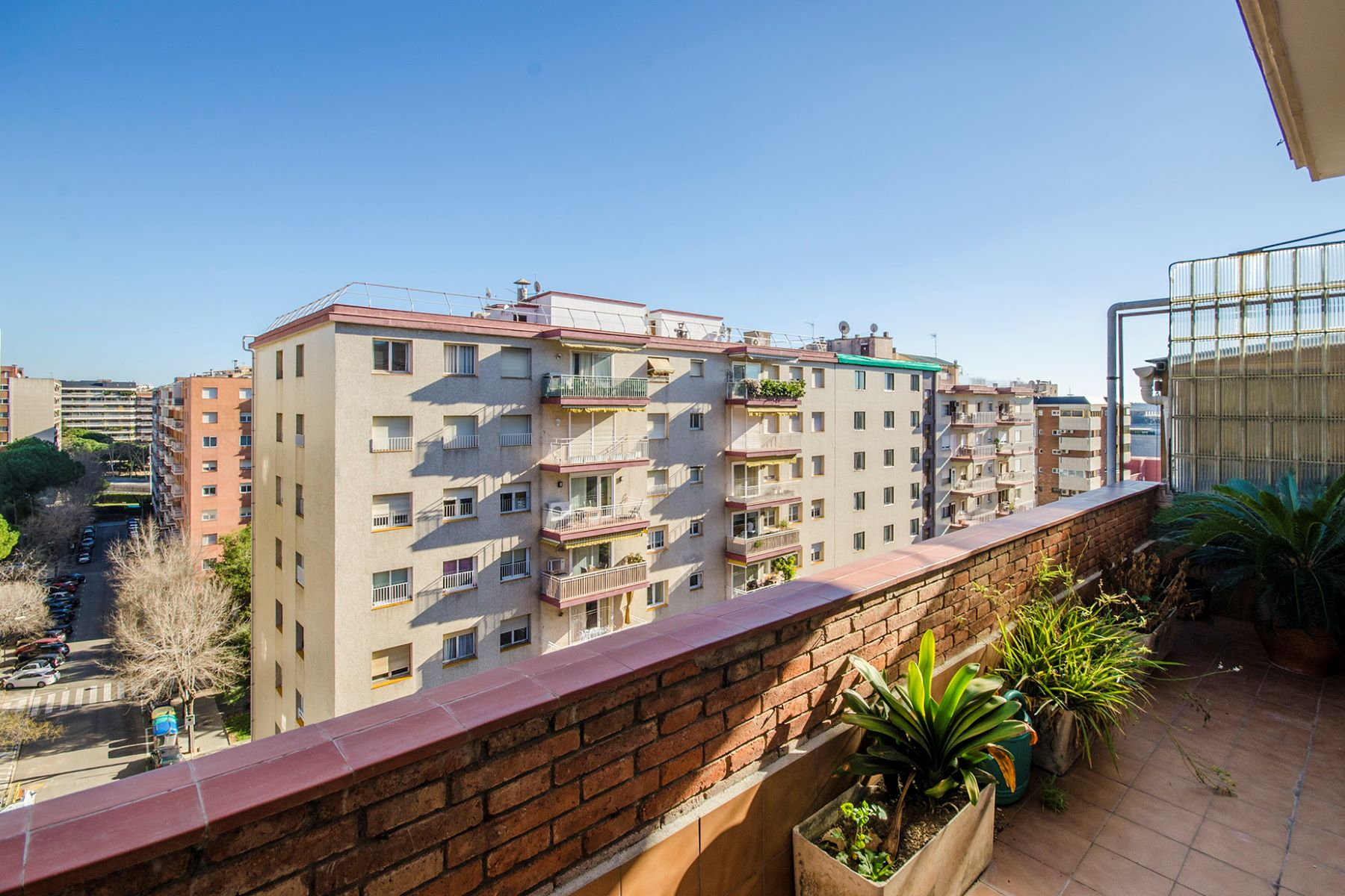 Appartement pour l Vente à Apartment to be reformed on Capitan Arenas street, next to Illa shopping mall Barcelona City, Barcelona, 08034 Espagne