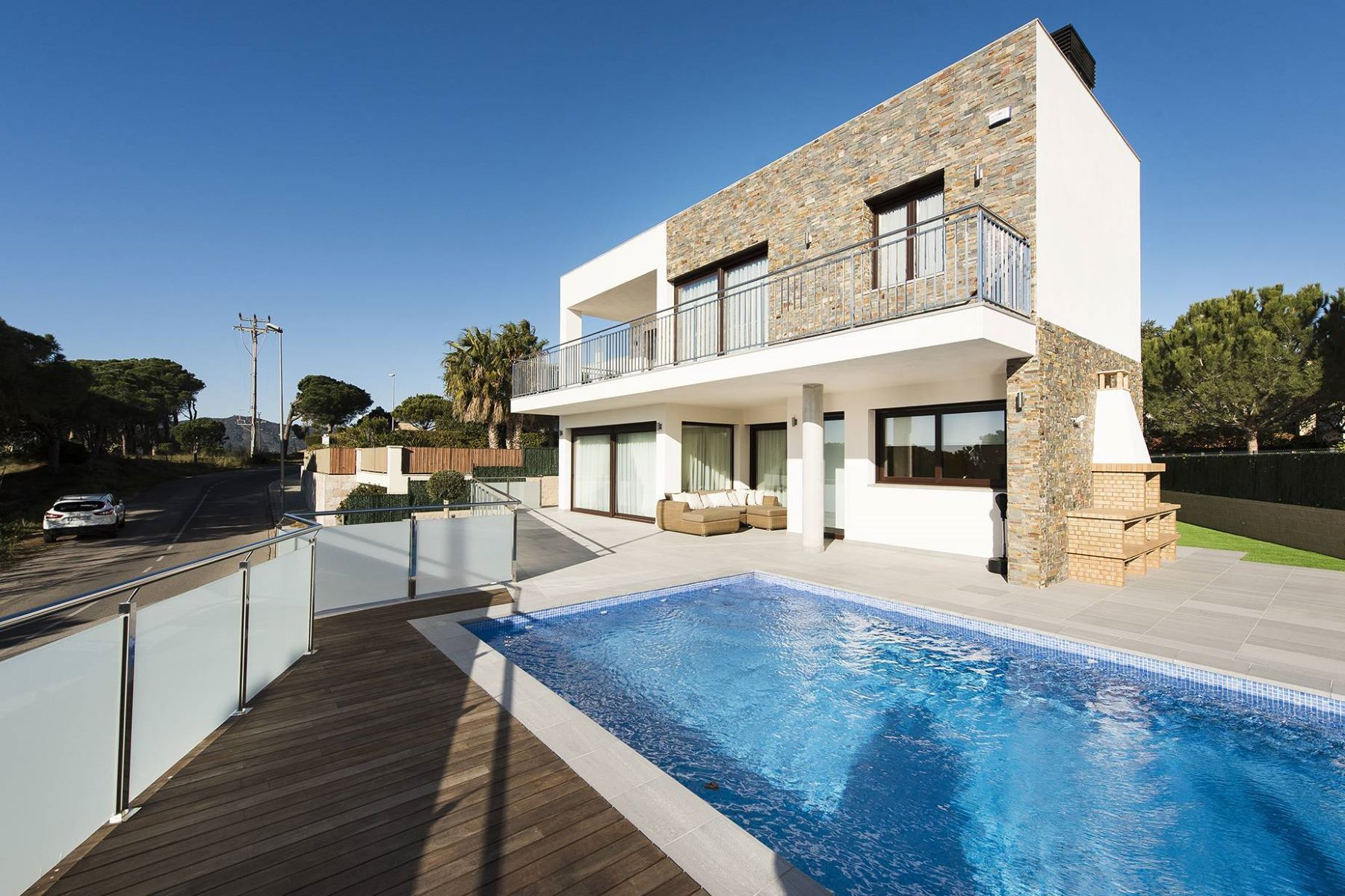 Einfamilienhaus für Verkauf beim Modern house with sea views and 1km from the beach Sant Feliu De Guixols, Costa Brava, 17220 Spanien