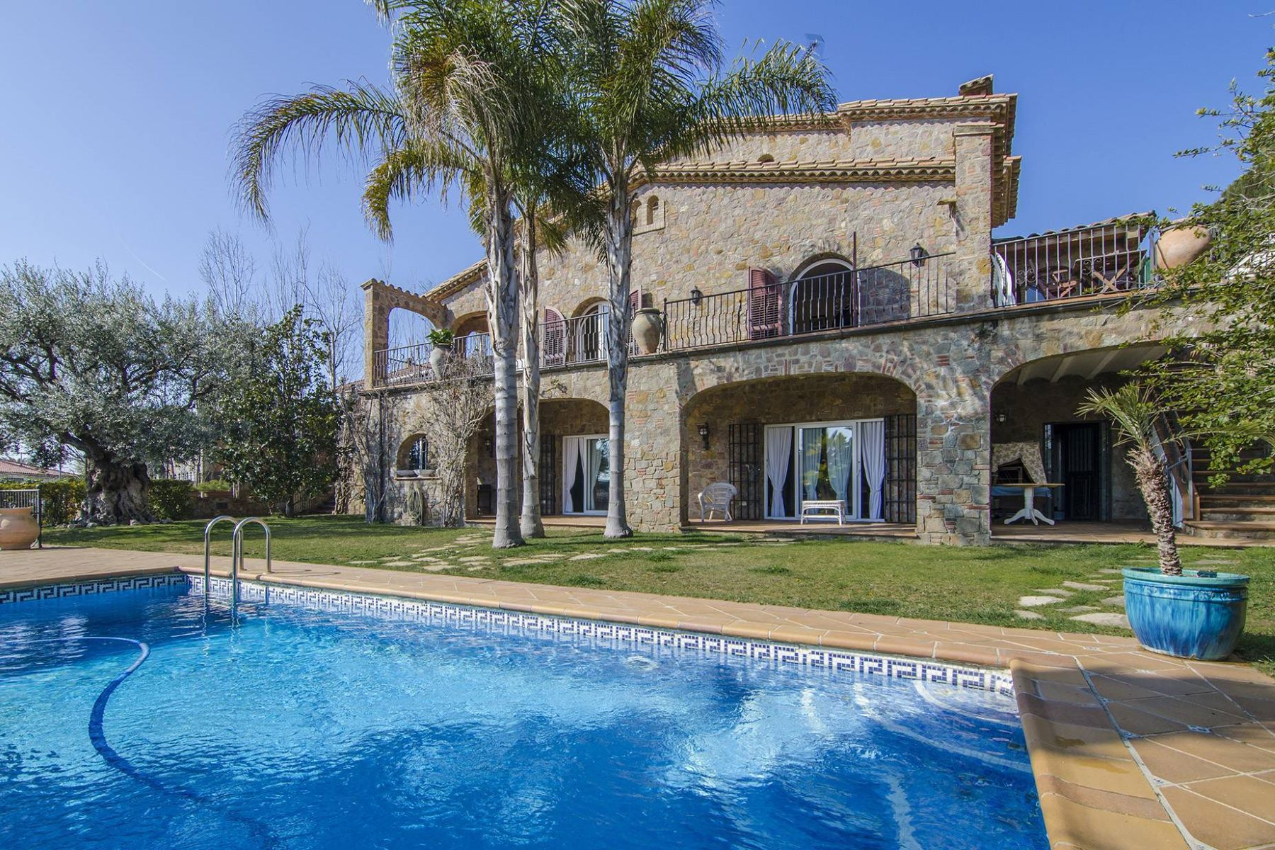 Single Family Home for Sale at A Large Stone House with Sea Views Other Cities Barcelona North Coast, Barcelona, 08328 Spain