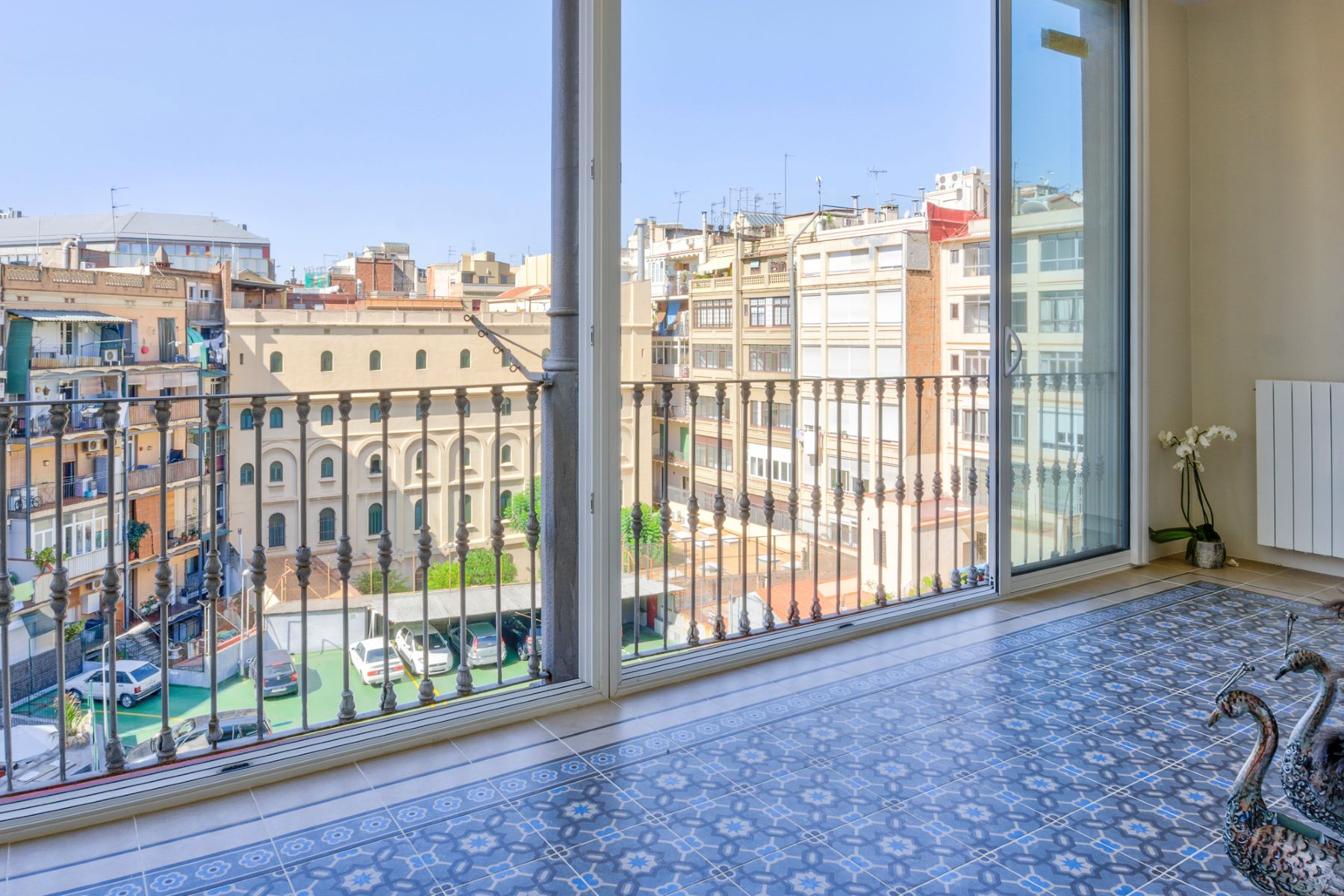 Apartment for Sale at Bright apartment in Balmes street Barcelona City, Barcelona, 08007 Spain