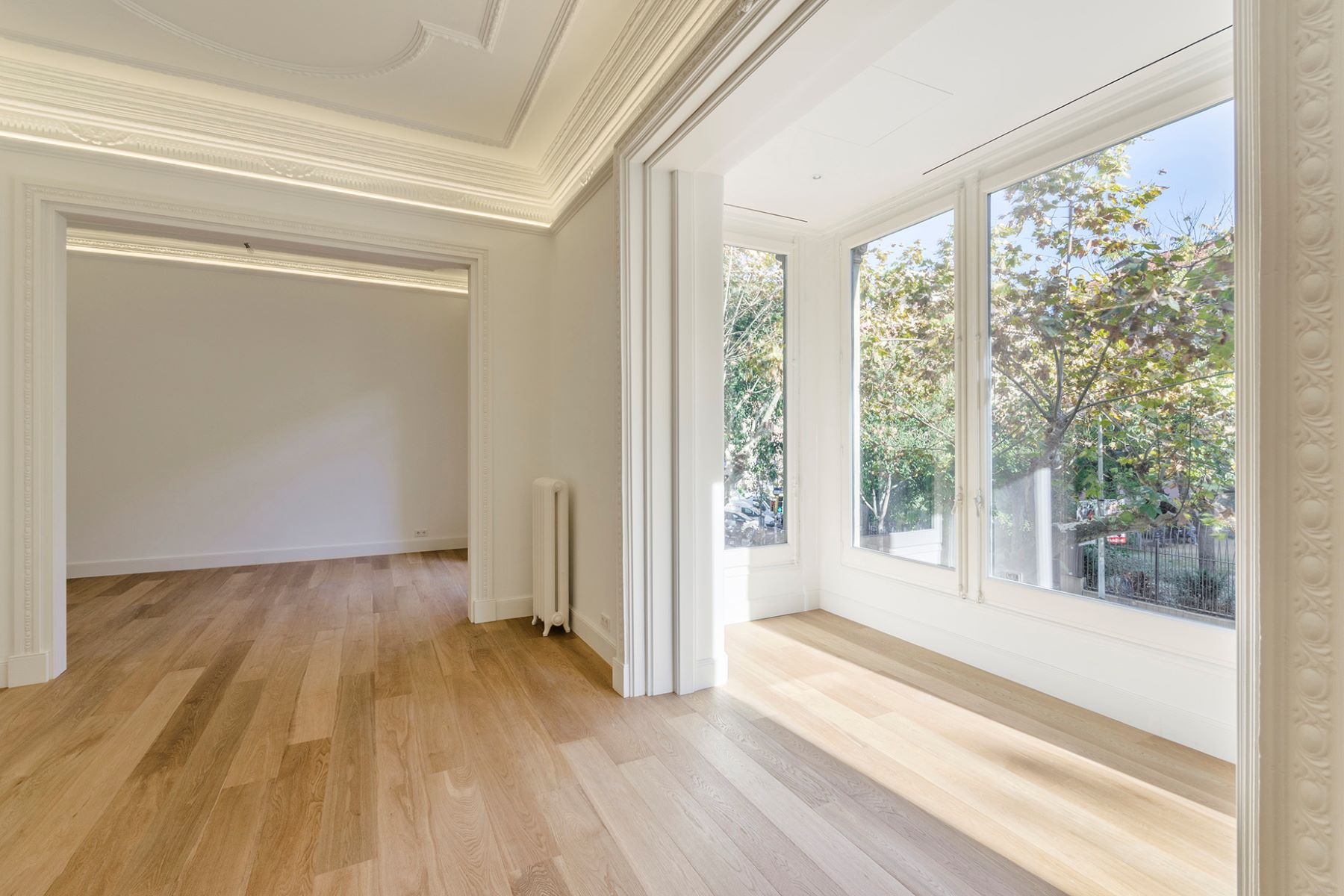 Apartment for Sale at Extraordinary Apartment in the Eixample district Barcelona City, Barcelona, 08007 Spain