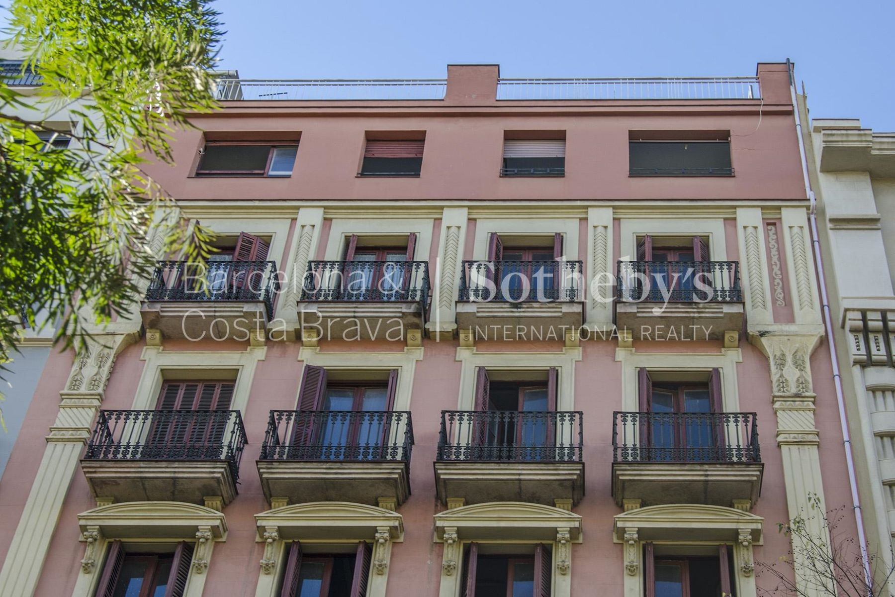 Appartement pour l Vente à Brand new apartment in the Left side of the Eixample Barcelona City, Barcelona, 08007 Espagne