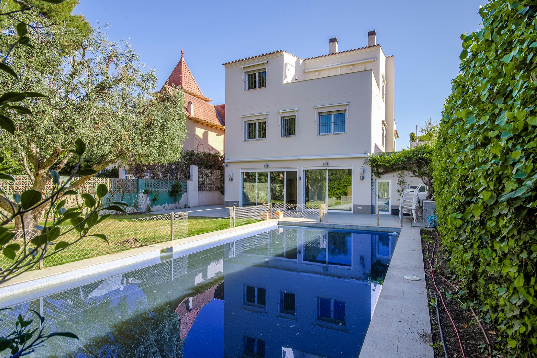 Single Family Home for Sale at Unique opportunity to acquire a luxury villa in Terramar, Sitges Sitges, Barcelona 08870 Spain