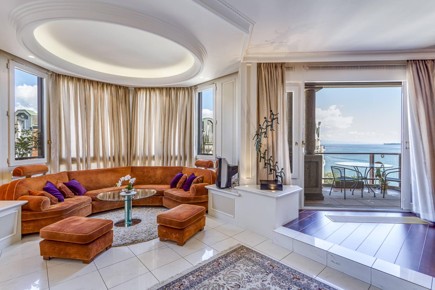 sales property at Stunning duplex on the promenade