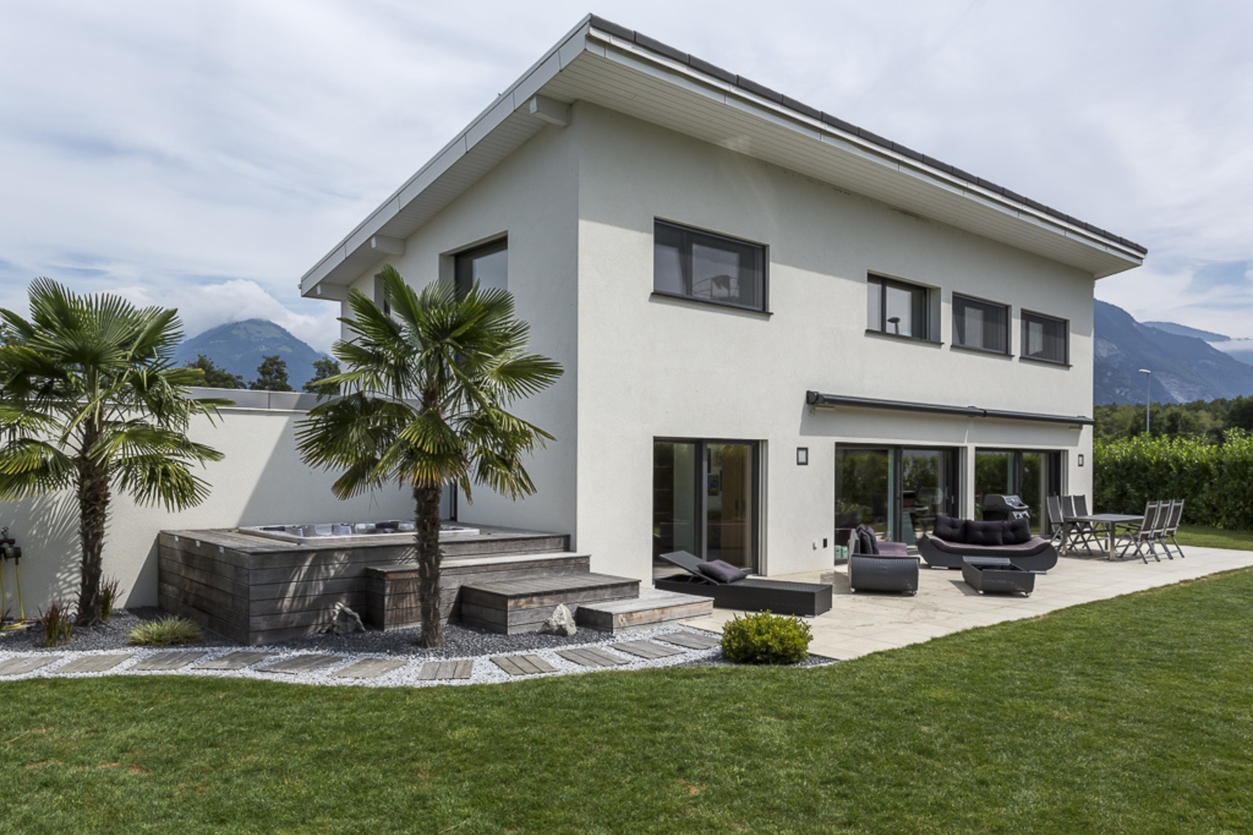 Single Family Home for Sale at Magnificent 6.5 room contemporary villa Residential neighbourhood Bouveret Bouveret, Vaud, 1897 Switzerland