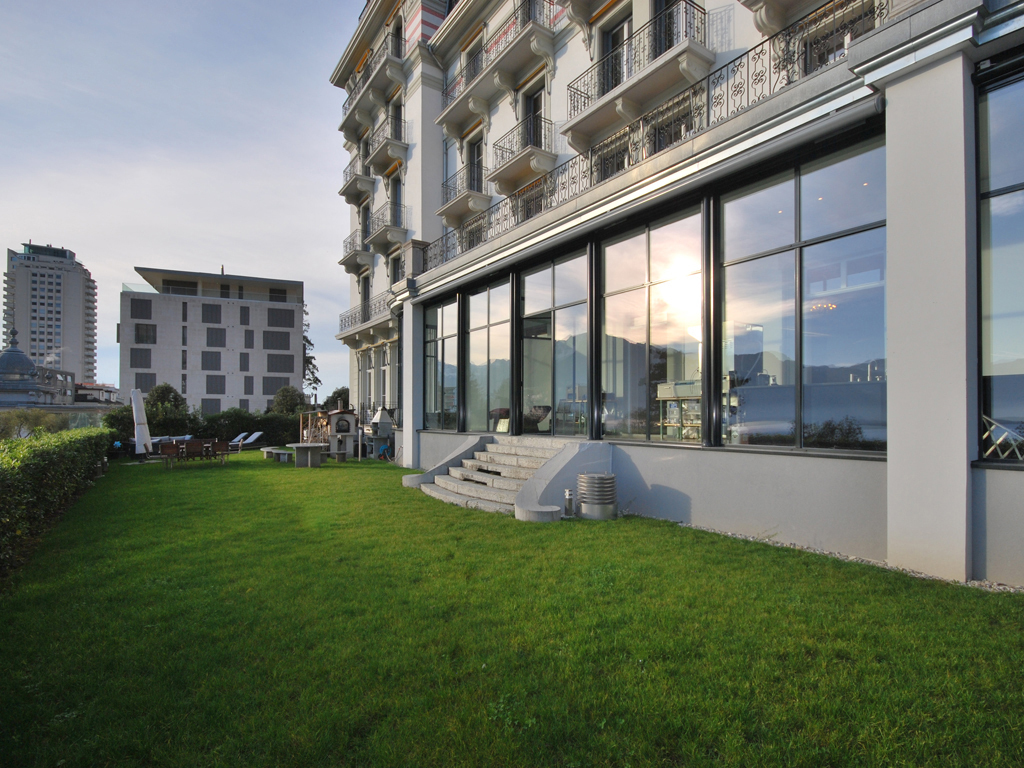 Property For Sale at Exceptional 6.5 room apartment. Historic building: Le National de Montreux