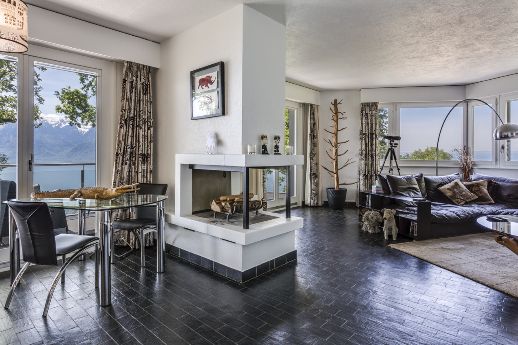 sales property at Stunning 380-m² villa Exclusive area with lake view