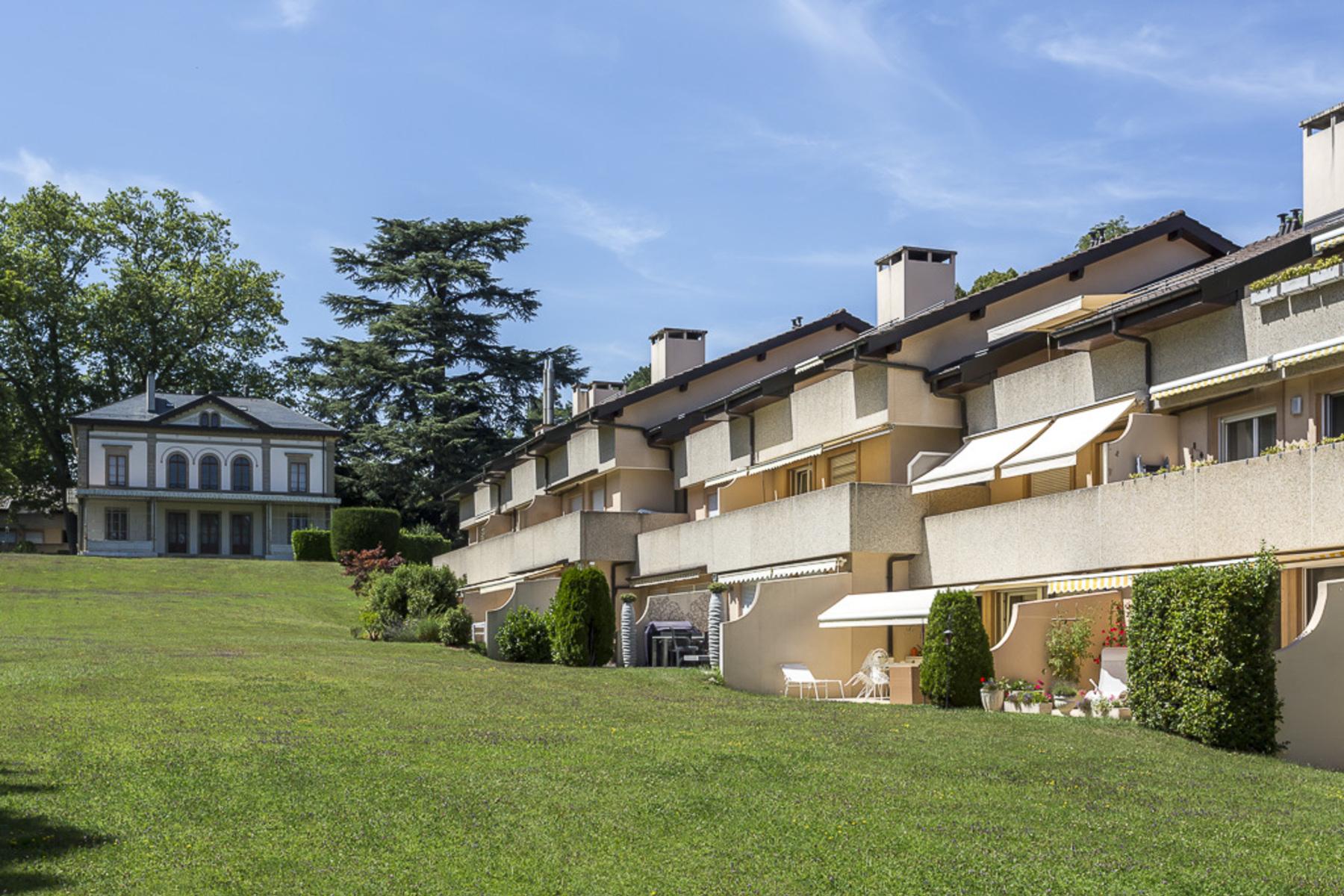 아파트 용 매매 에 Beautiful loft apartment in leafy surroundings Chêne-Bougeries Chene-Bougeries, 제네바, 1224 스위스