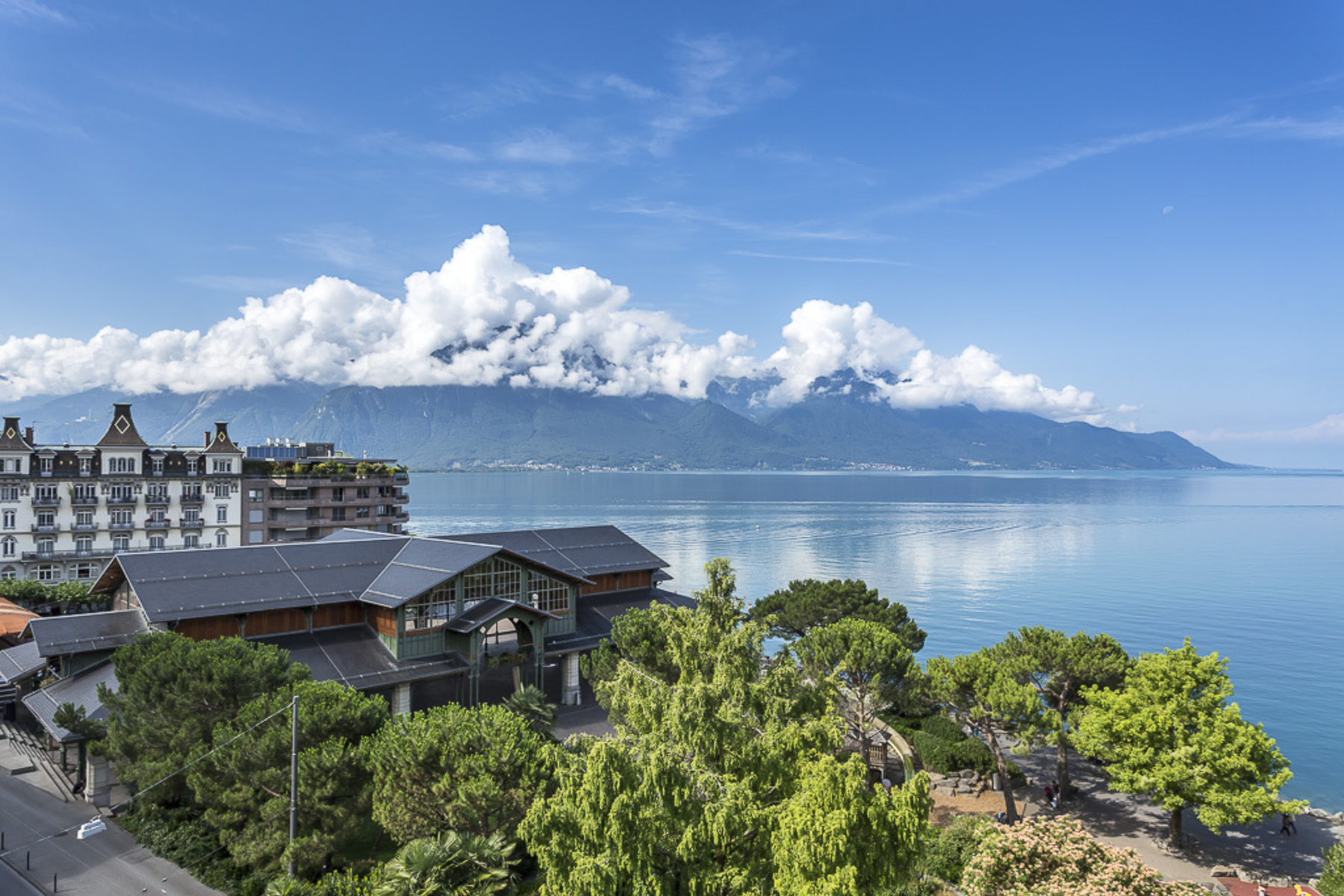 sales property at Magnificent new 4.5 room apartment In the heart of Montreux overlooking the lak