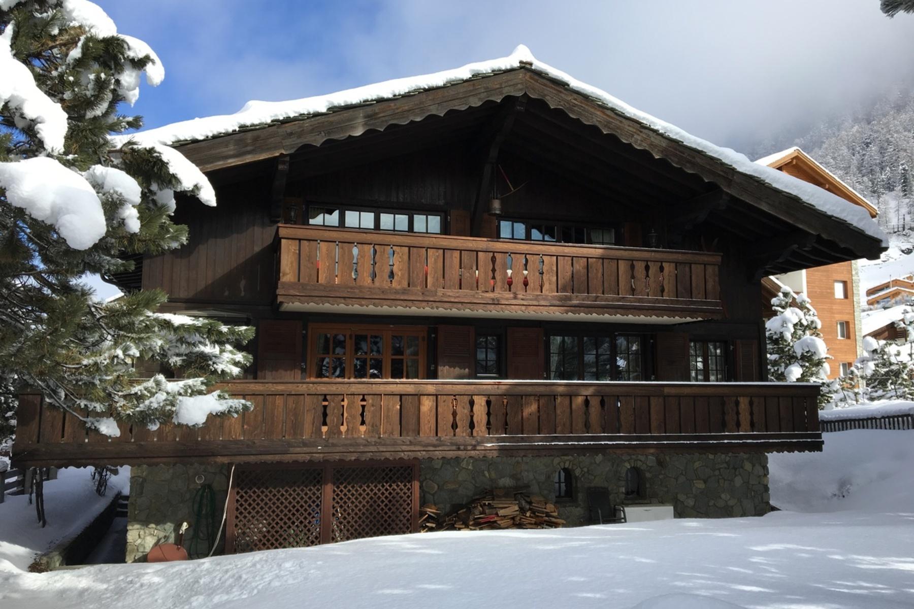 단독 가정 주택 용 매매 에 Traditional chalet with a garden in the heart of Winkelmatten Zermatt, 발라이스, 3920 스위스