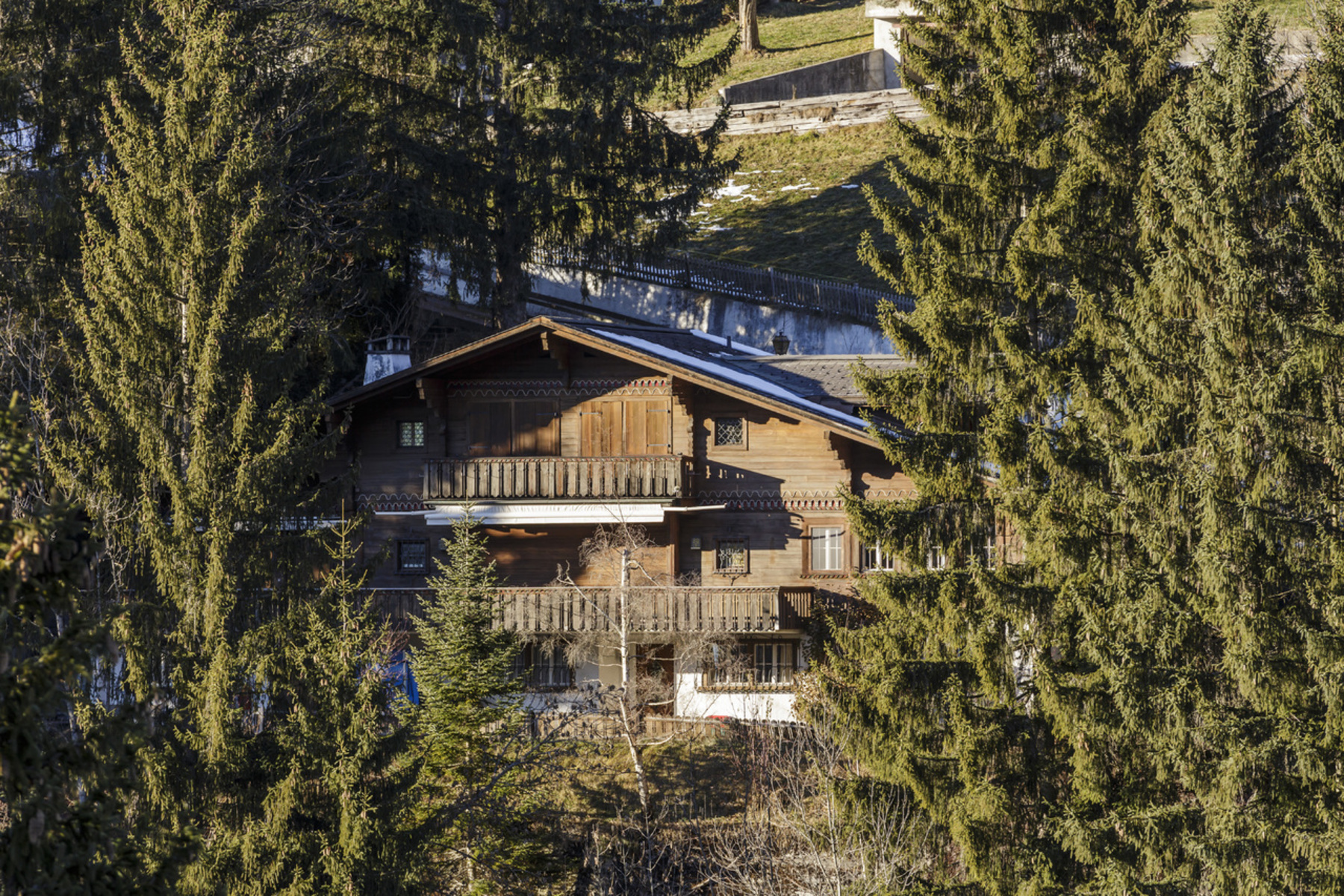 sales property at Magnificent plots of land in OberbortGstaad, chalet suitable for renovation