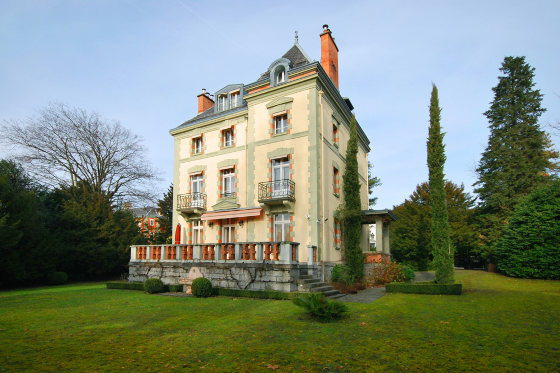 Single Family Home for Sale at Lakeside mansion property ClarensMontreux Montreux, Vaud, 1820 Switzerland